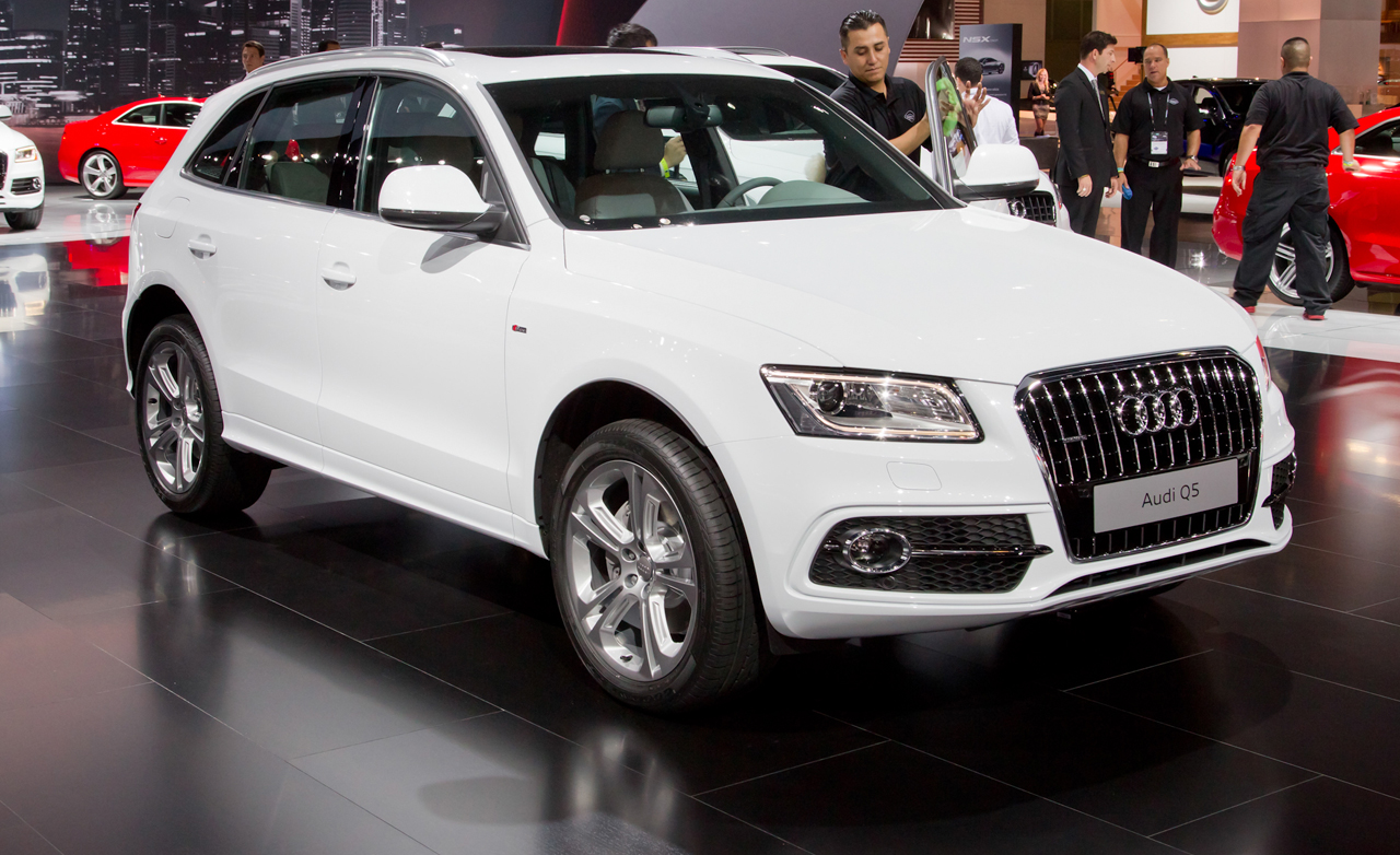 2014 audi q5 pictures information and specs auto. Black Bedroom Furniture Sets. Home Design Ideas