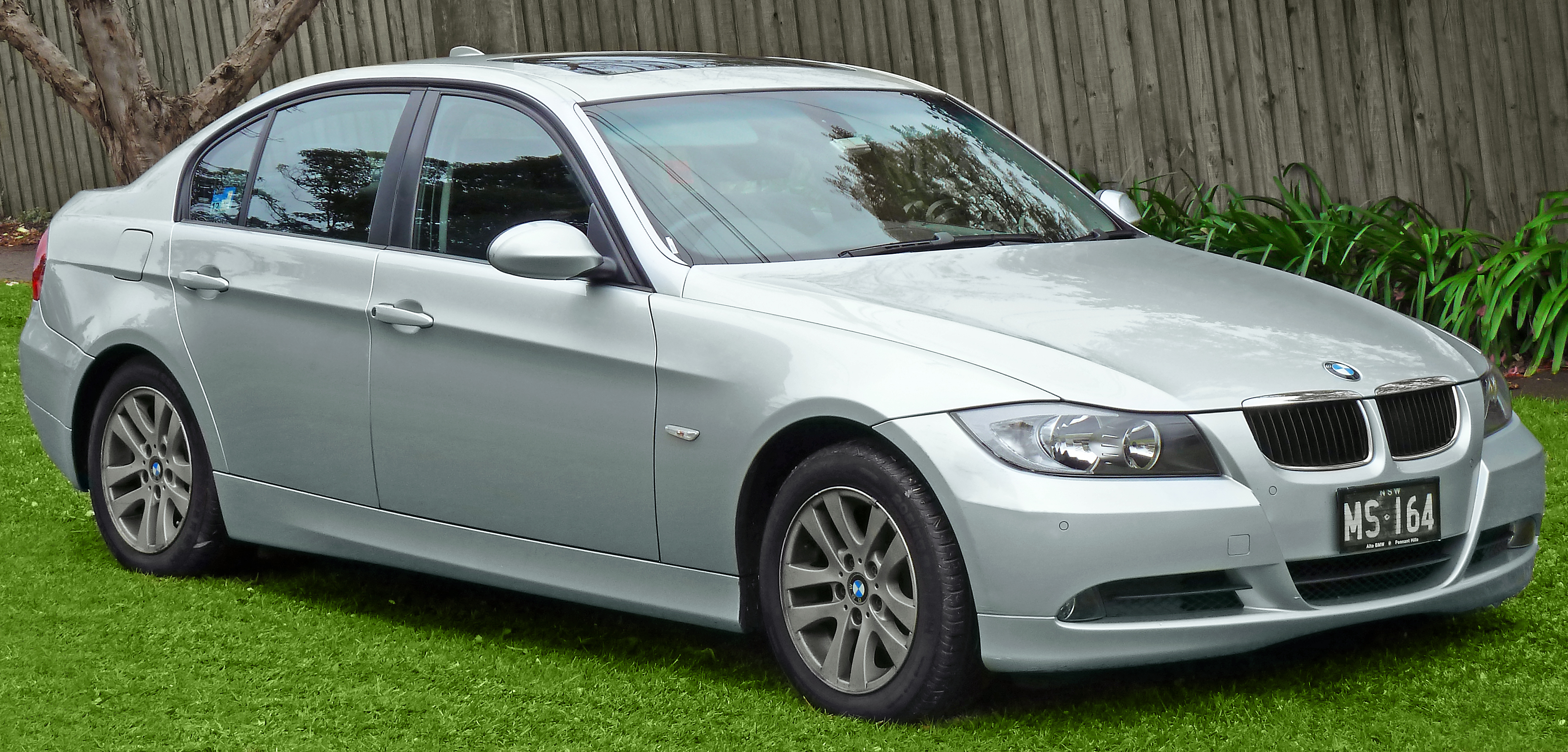2005 bmw 3 series e90 pictures information and specs auto. Black Bedroom Furniture Sets. Home Design Ideas