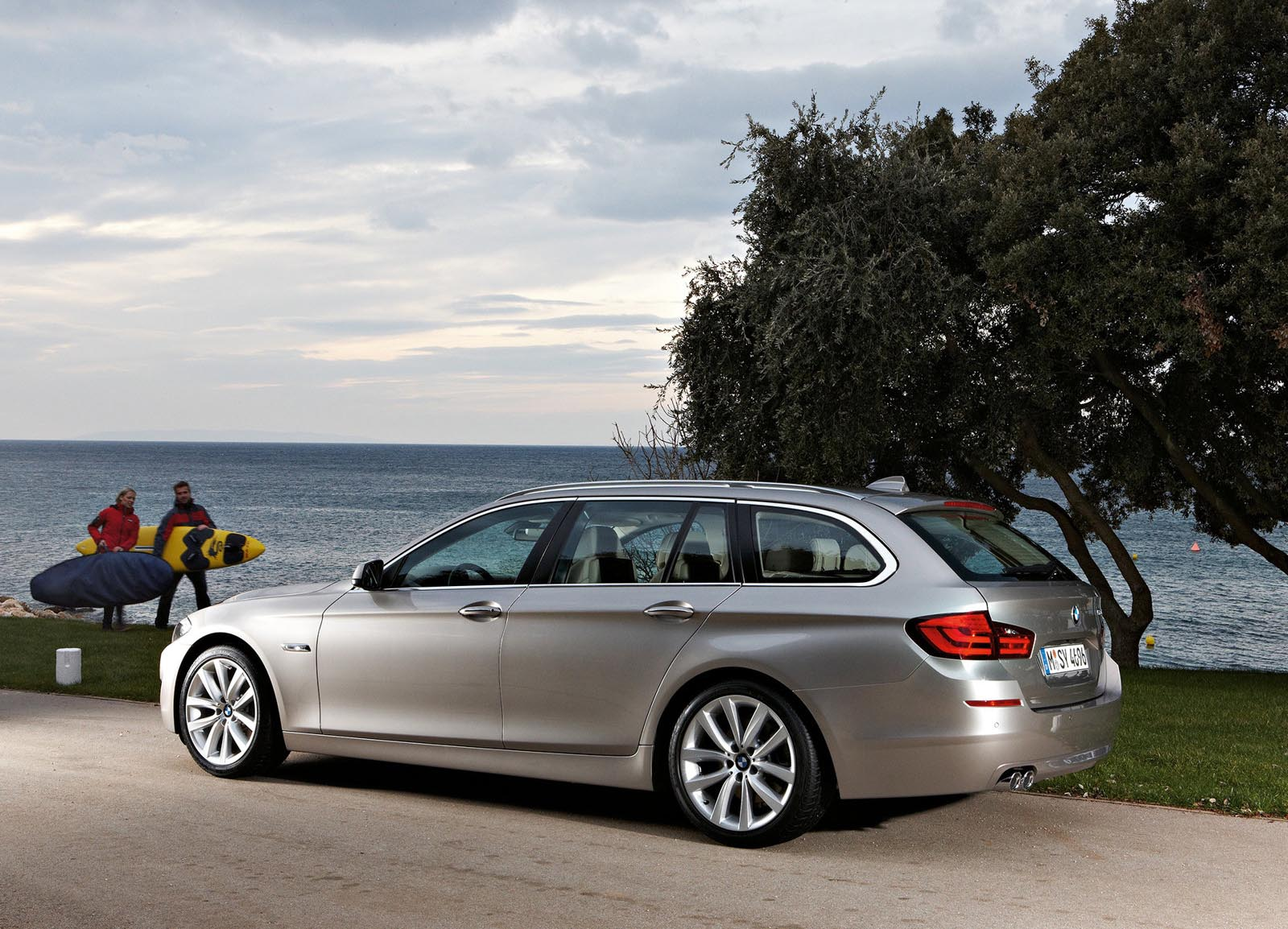 2011 bmw 5er touring f11 pictures information and specs auto. Black Bedroom Furniture Sets. Home Design Ideas