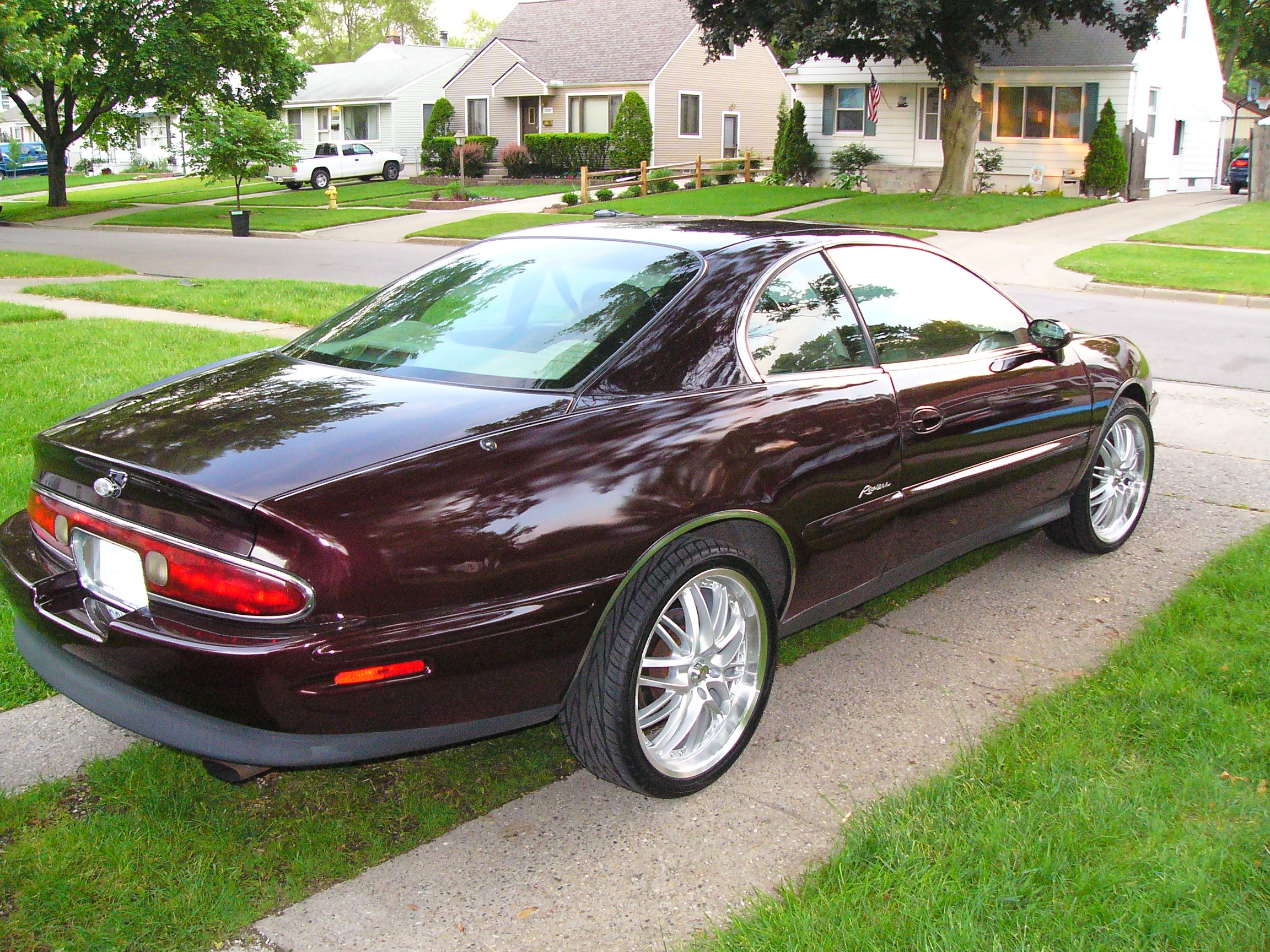Cars buick riviera 1996 #10