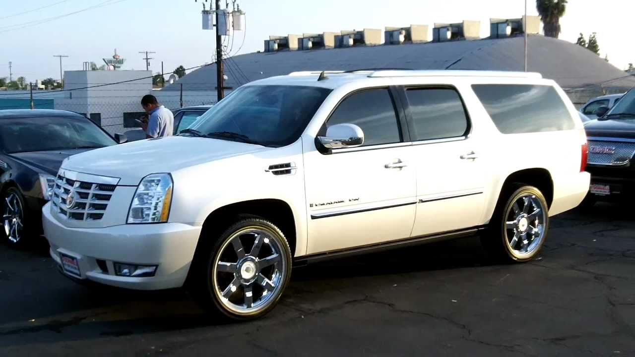 2008 cadillac escalade reviews specs and. Black Bedroom Furniture Sets. Home Design Ideas