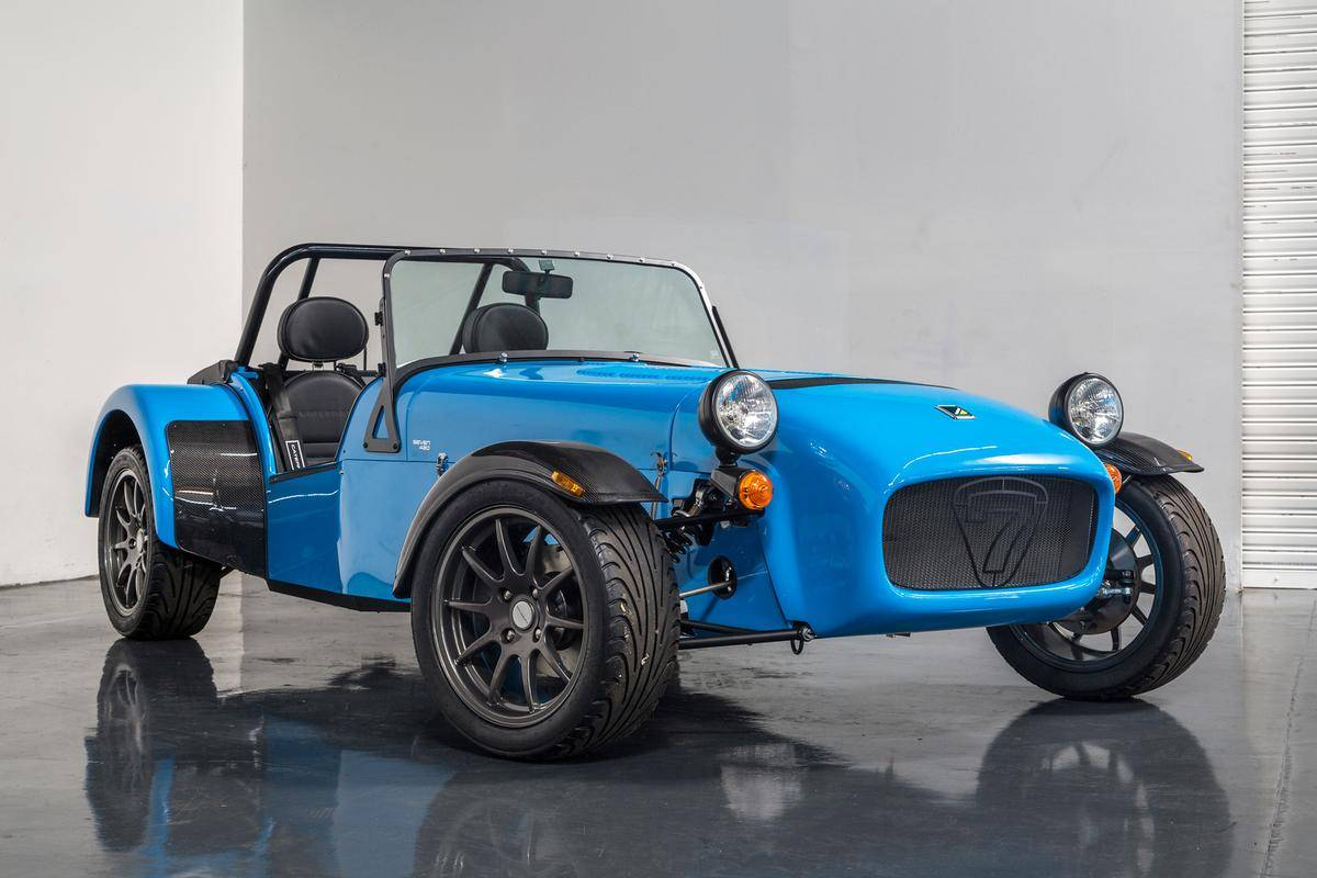 Cars caterham super seven 2015
