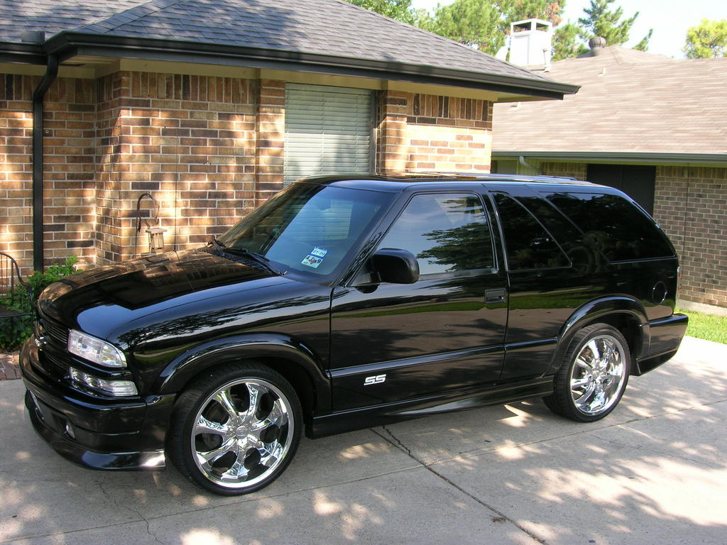 2001 Chevrolet Blazer – pictures, information and specs ...