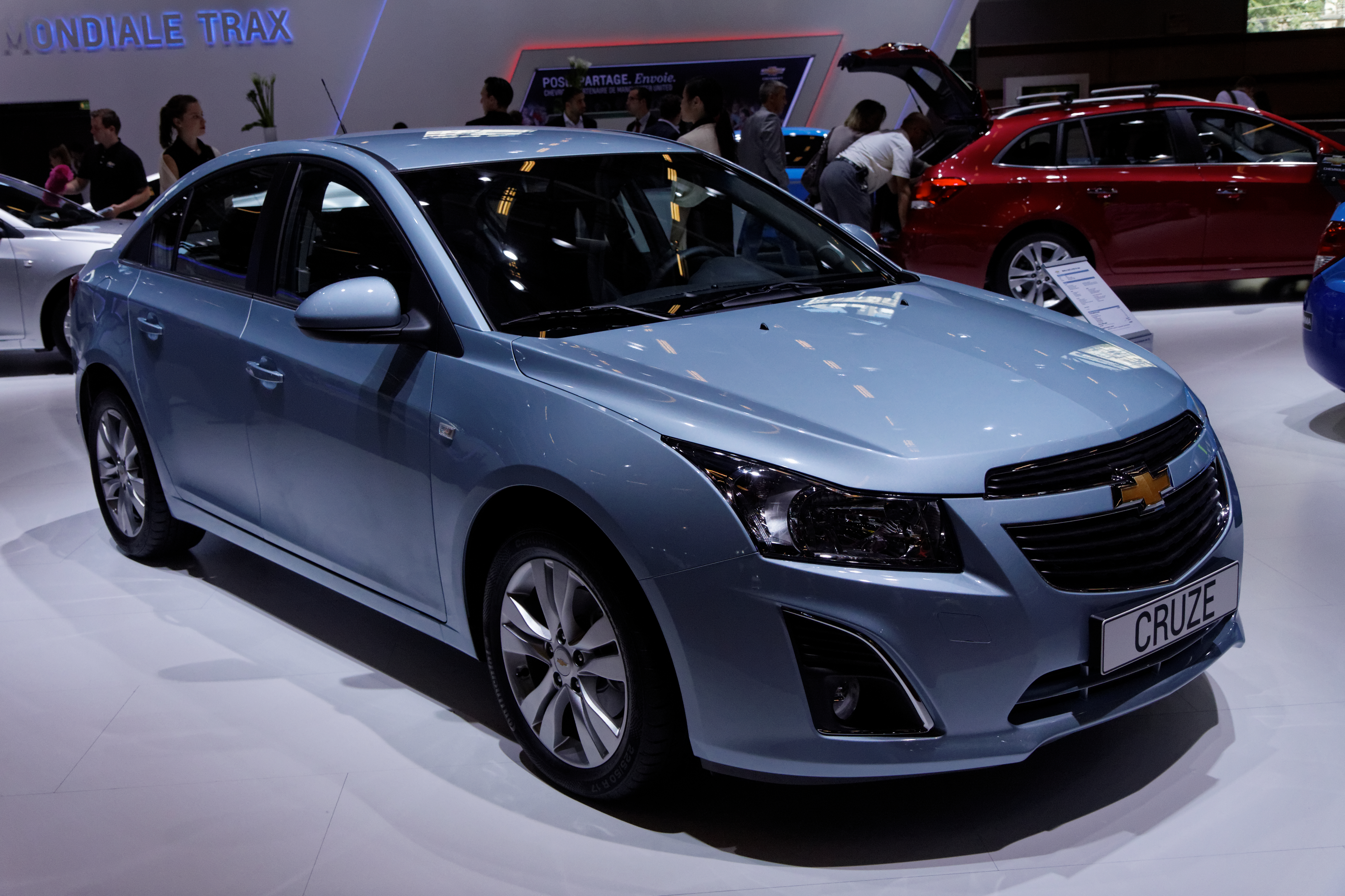 Chevrolet Cruze   pictures, information and specs - Auto-Database.com