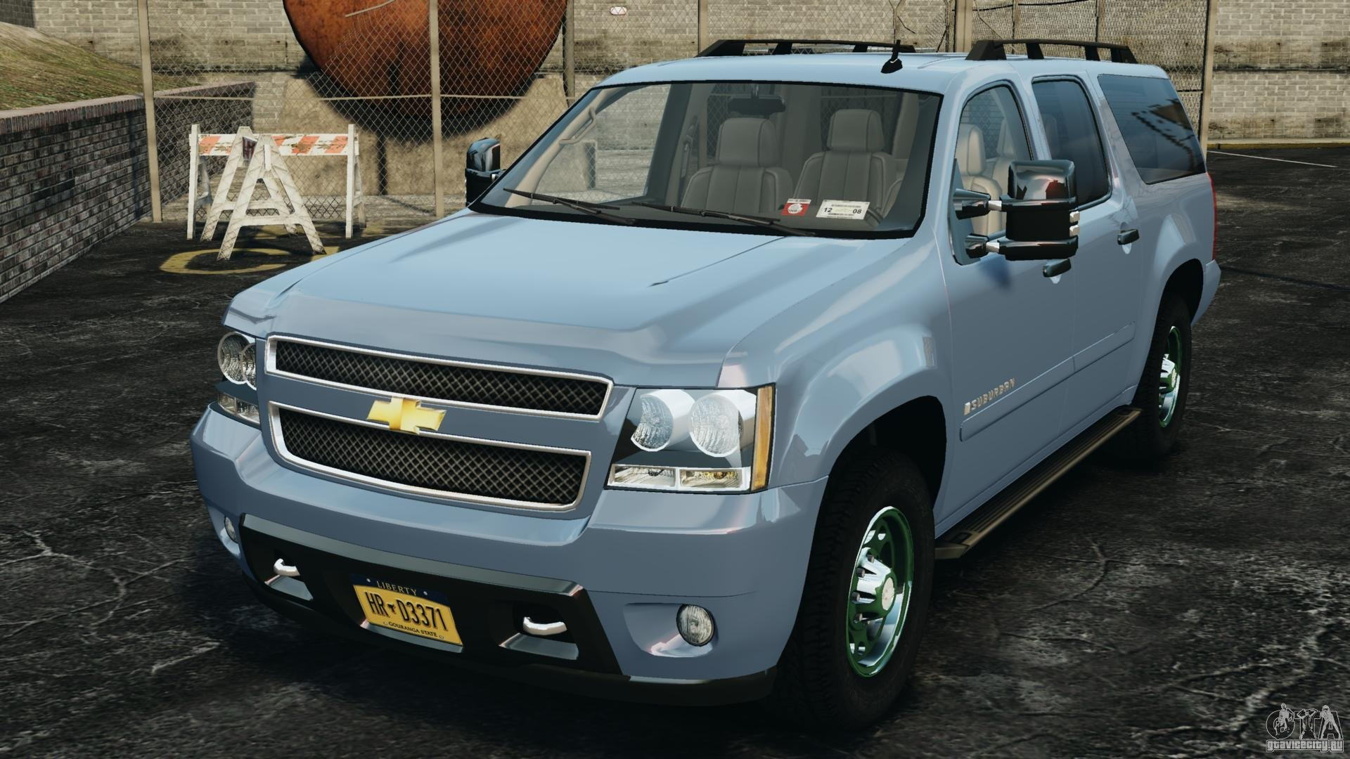 2013 chevrolet suburban gmt900 pictures information and specs auto. Black Bedroom Furniture Sets. Home Design Ideas