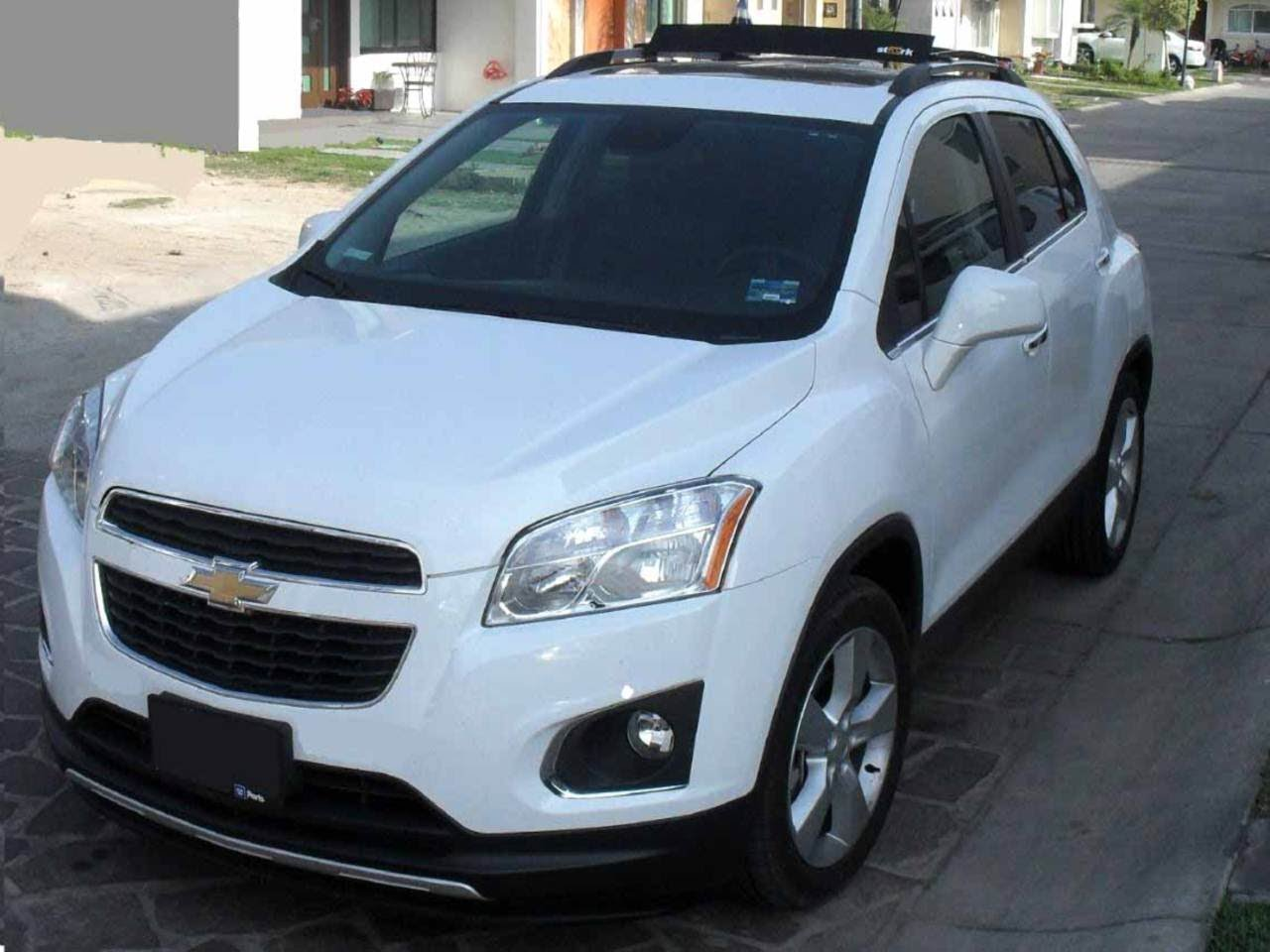 Cars chevrolet tracker