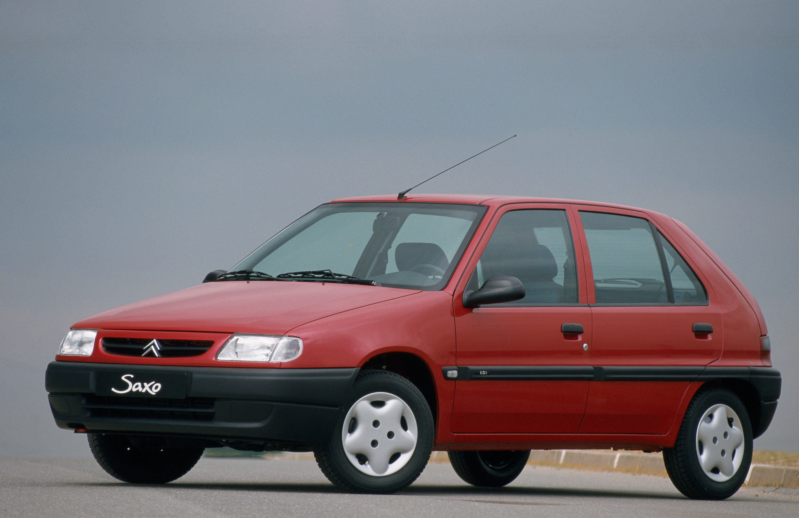 Cars citroen saxo