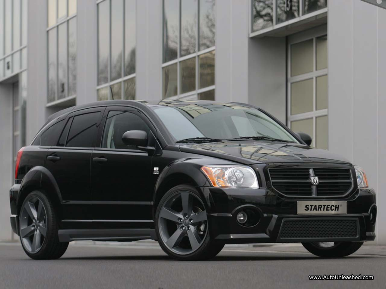 Cars dodge caliber 2010
