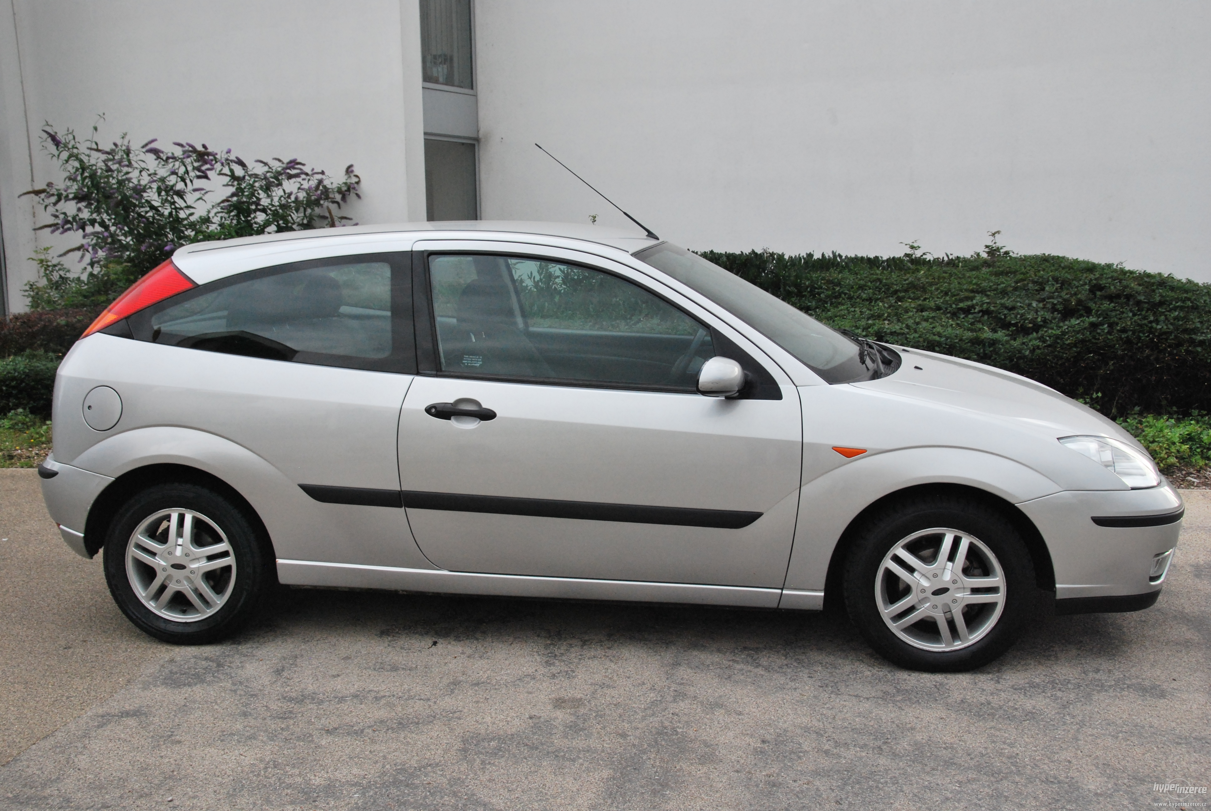 Cars ford focus 2004