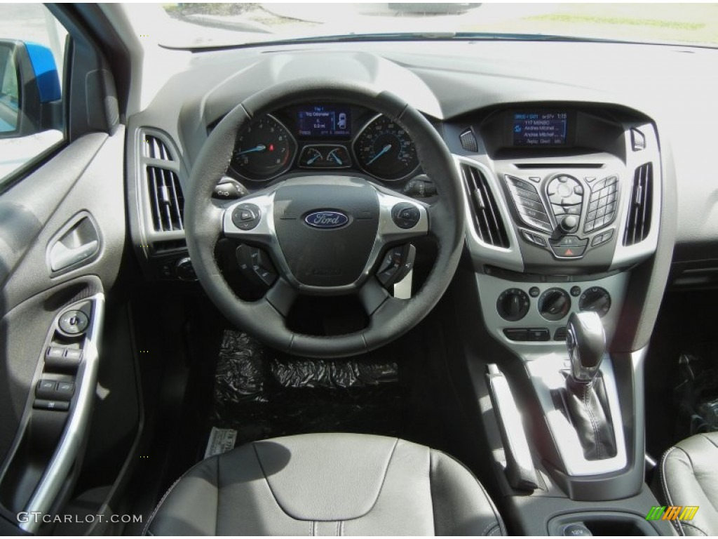 2013 Ford Focus Hatchback Ii Pictures Information And