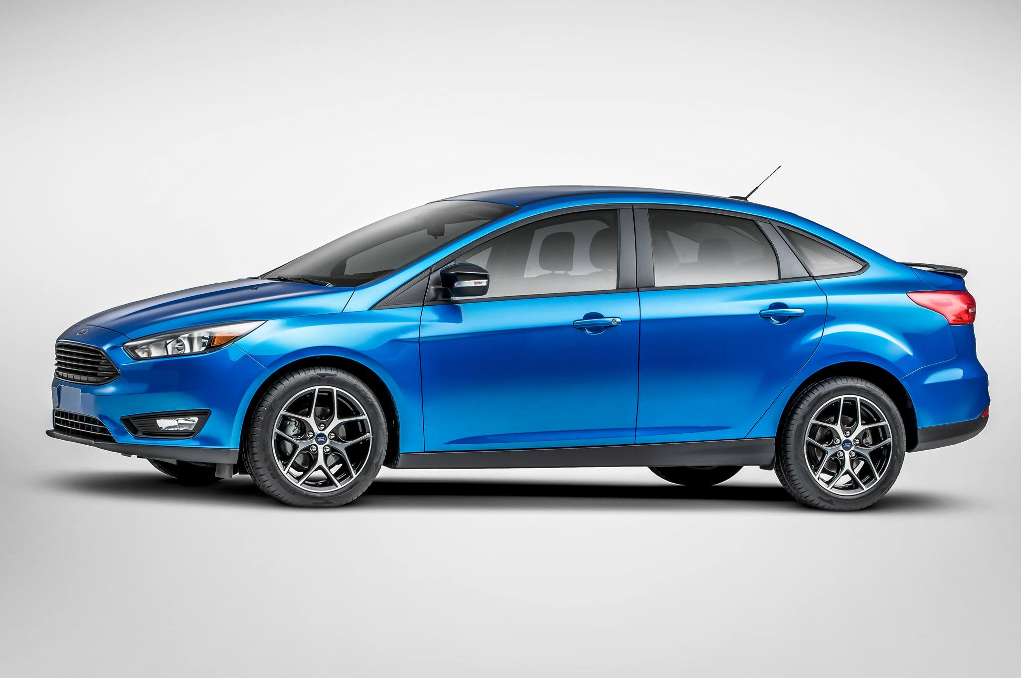 2015 ford focus iii pictures information and specs. Black Bedroom Furniture Sets. Home Design Ideas