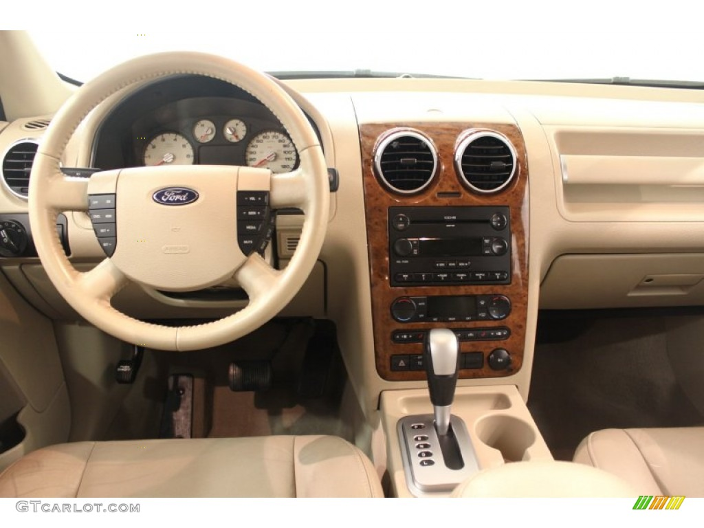 Cars Ford Freestyle 2006 12