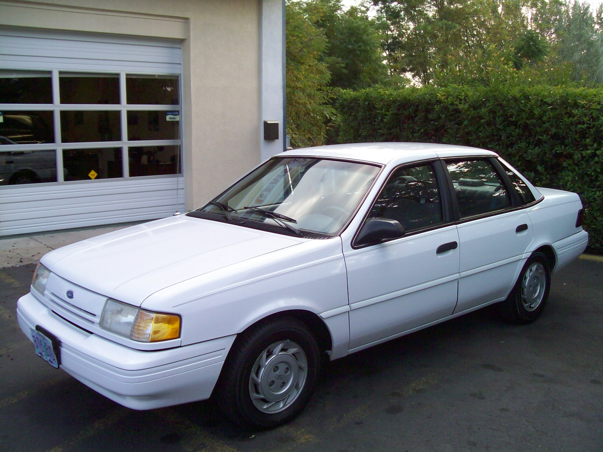 Cars ford tempo 1993