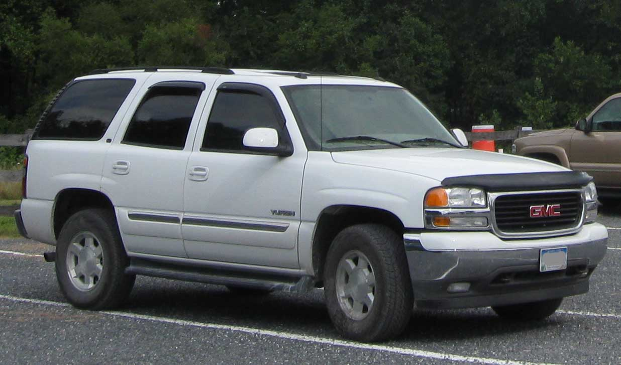 Cars gmc yukon (gmt800) 2001