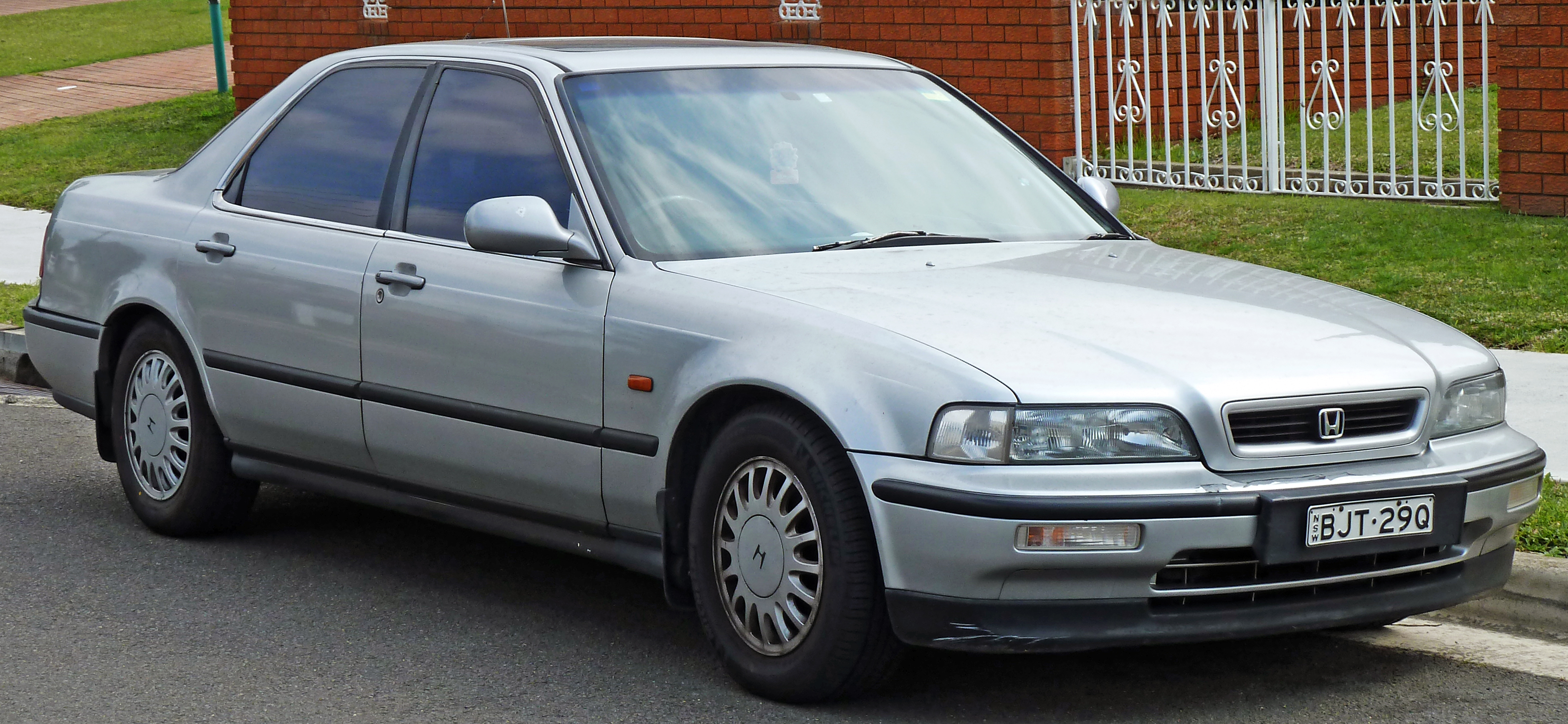 Cars honda legend