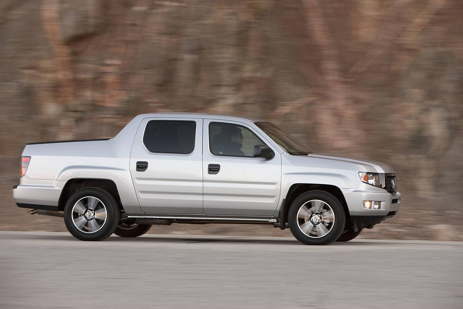 2013 honda ridgeline pictures information and specs. Black Bedroom Furniture Sets. Home Design Ideas