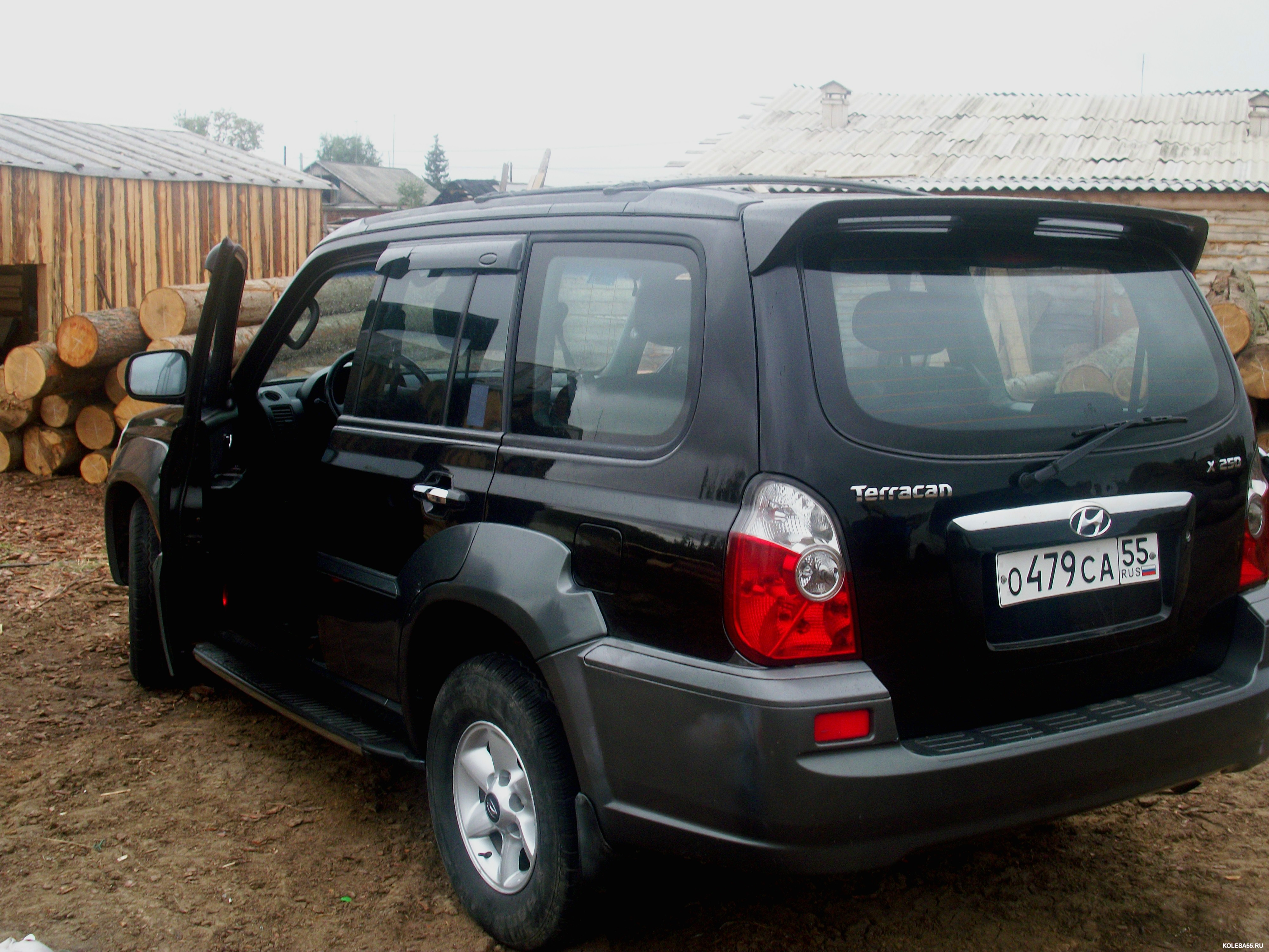 2003 hyundai terracan pictures information and specs auto. Black Bedroom Furniture Sets. Home Design Ideas