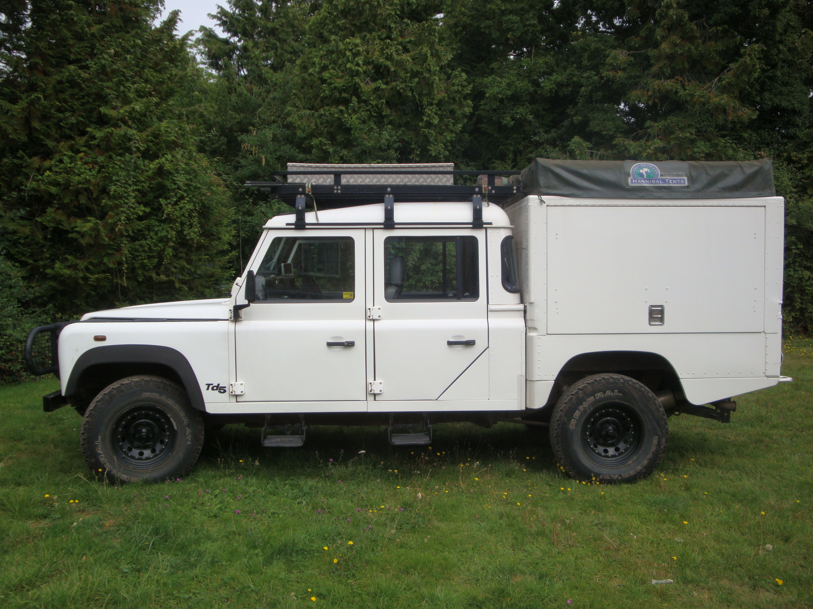 2002 land rover defender 130 pictures information and specs auto. Black Bedroom Furniture Sets. Home Design Ideas