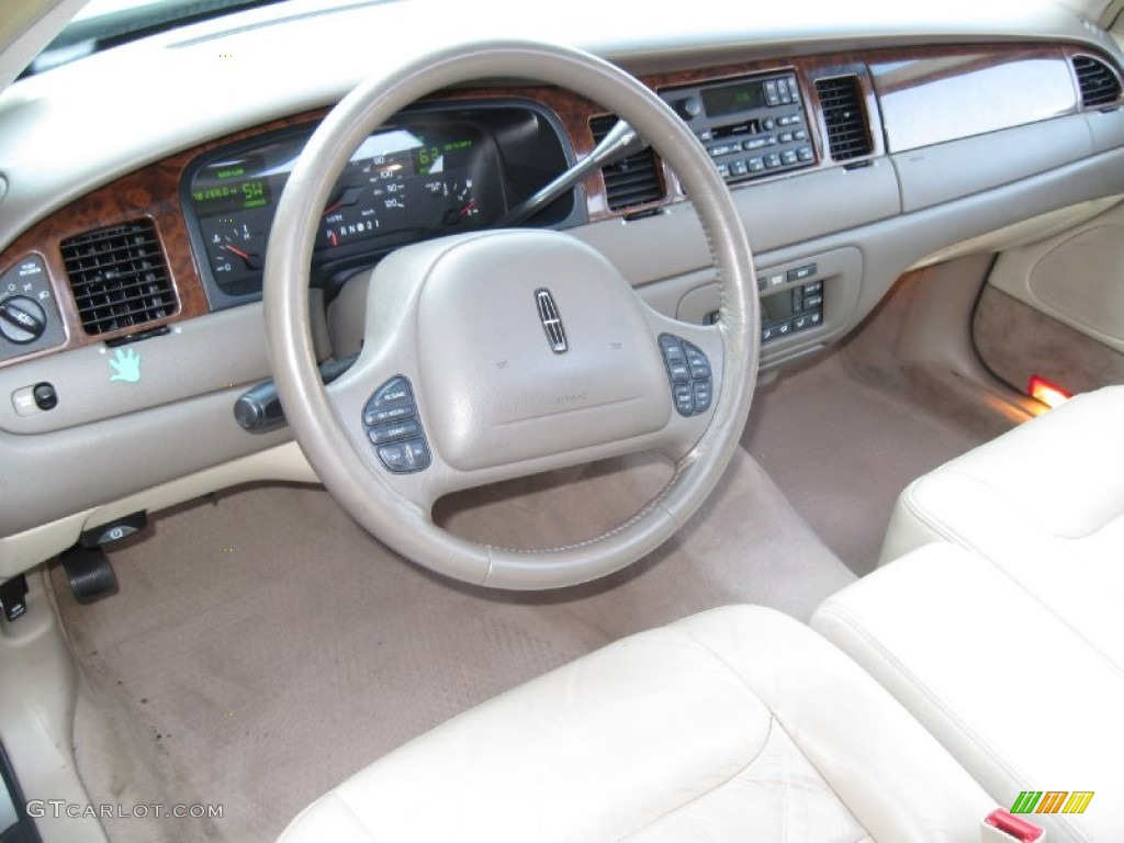 1999 Lincoln Town Car Pictures Information And Specs Auto