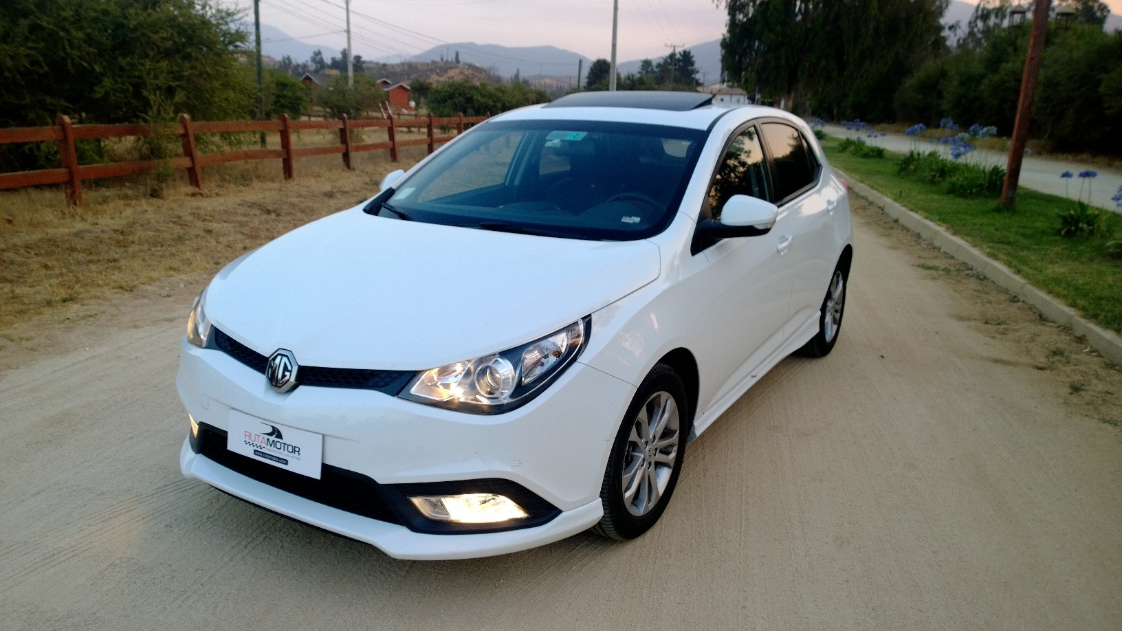 2014 Mg Mg5 Pictures Information And Specs Auto