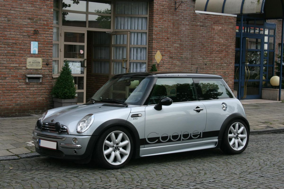 2002 mini cooper pictures information and specs auto. Black Bedroom Furniture Sets. Home Design Ideas