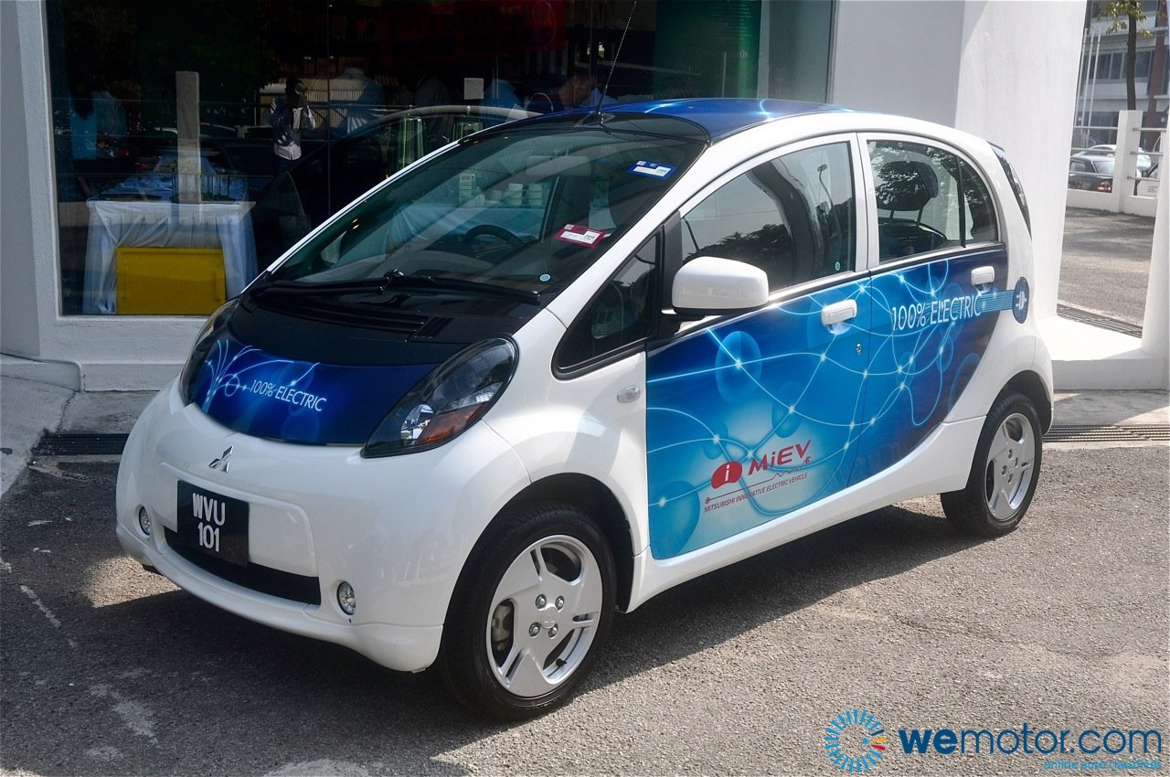 2013 mitsubishi i miev pictures information and specs auto. Black Bedroom Furniture Sets. Home Design Ideas