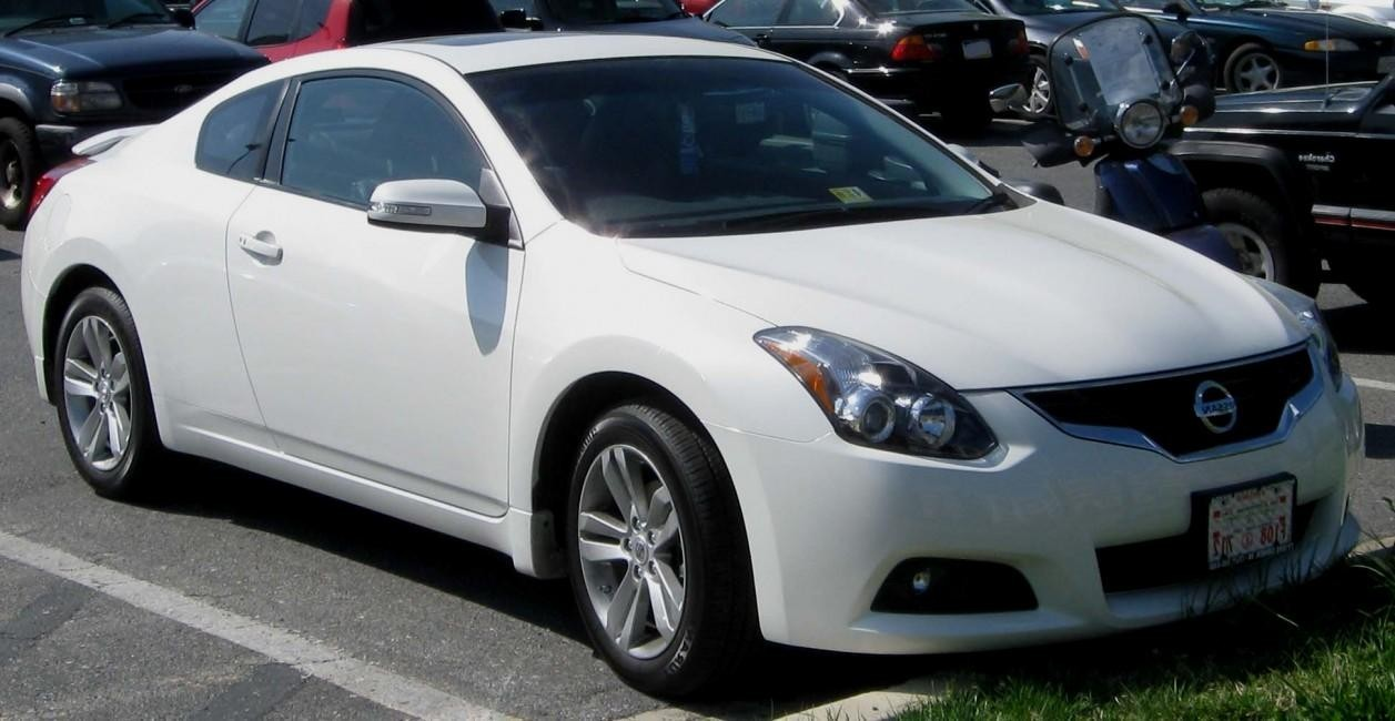 2010 nissan altima vi coupe pictures information and specs auto. Black Bedroom Furniture Sets. Home Design Ideas