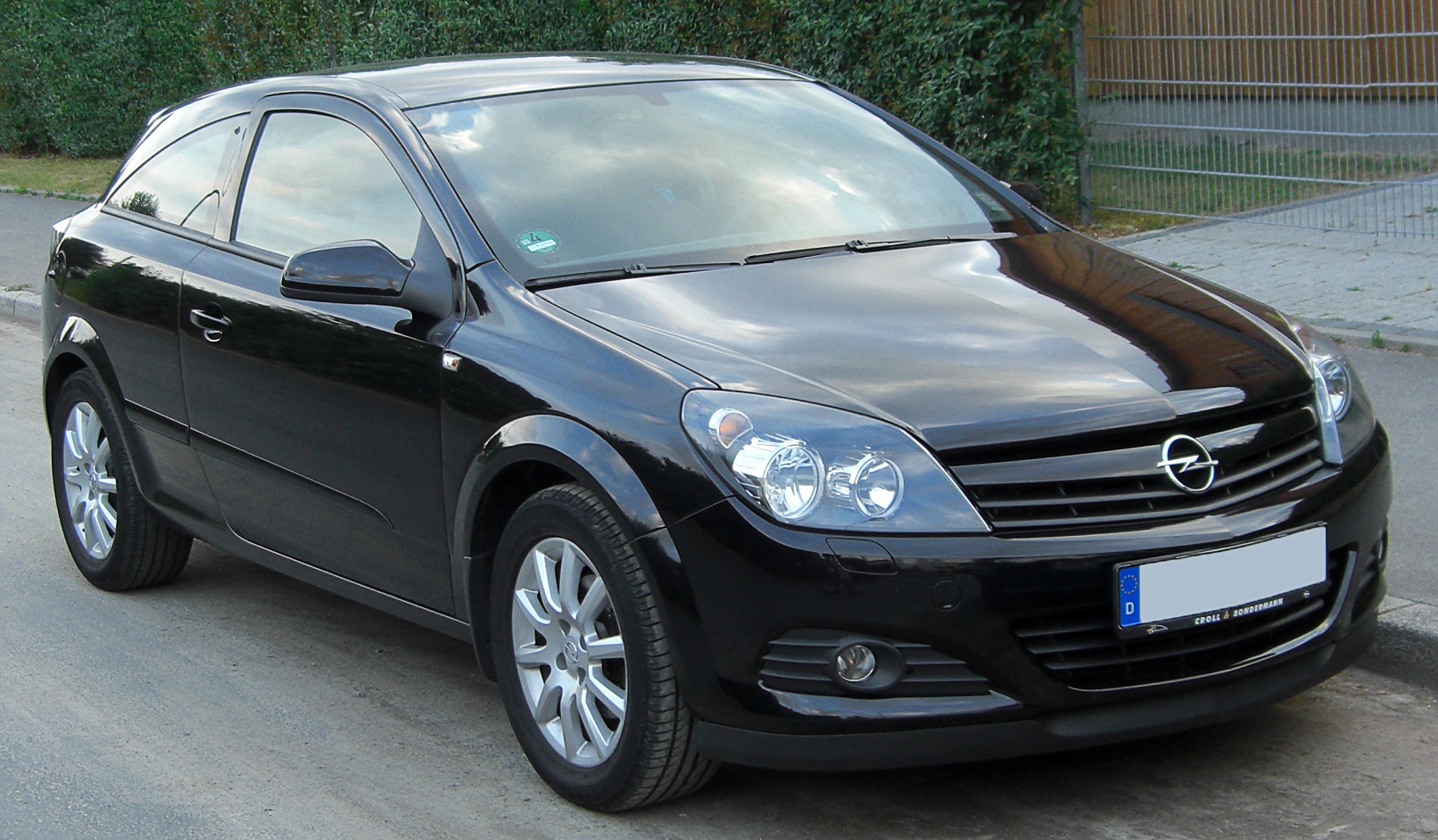 2010 opel astra h gtc pictures information and specs auto. Black Bedroom Furniture Sets. Home Design Ideas