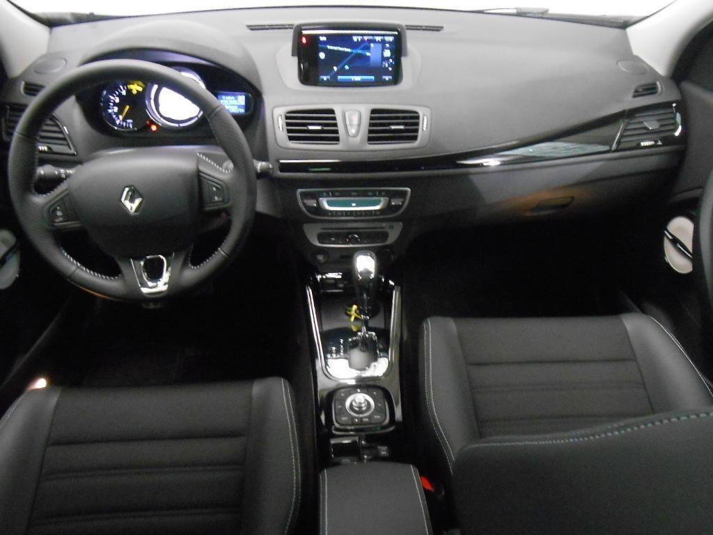 Cars renault megane iii estate 2015