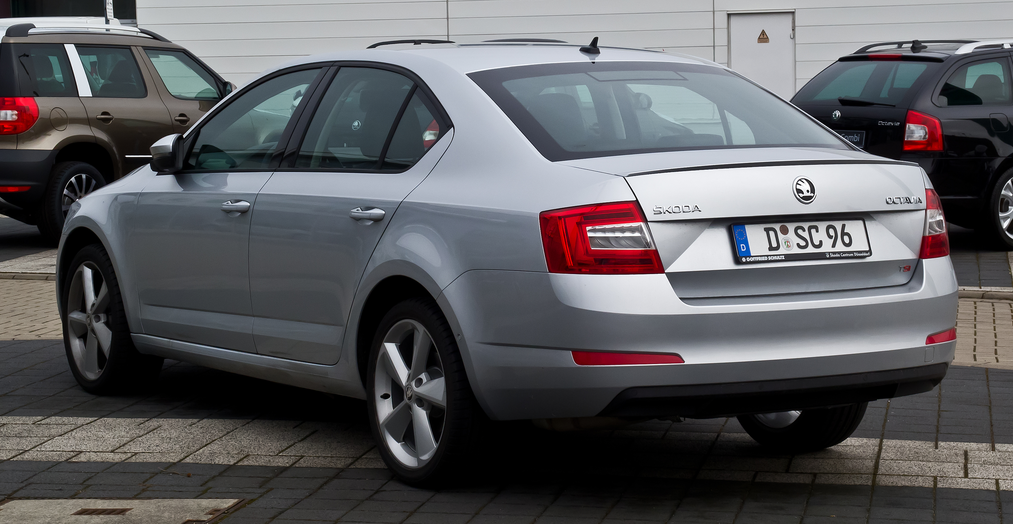 Skoda Octavia   pictures, information and specs - Auto-Database.com