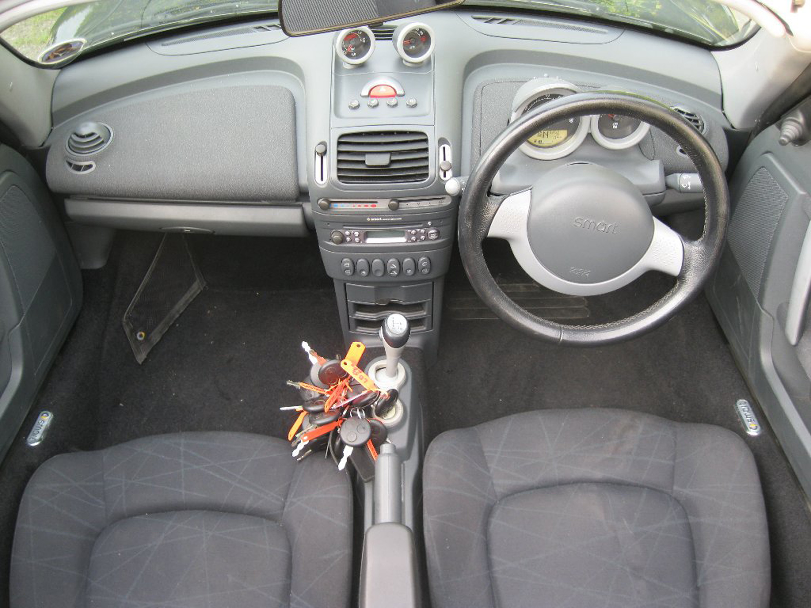 2004 smart roadster coupe pictures information and specs auto. Black Bedroom Furniture Sets. Home Design Ideas