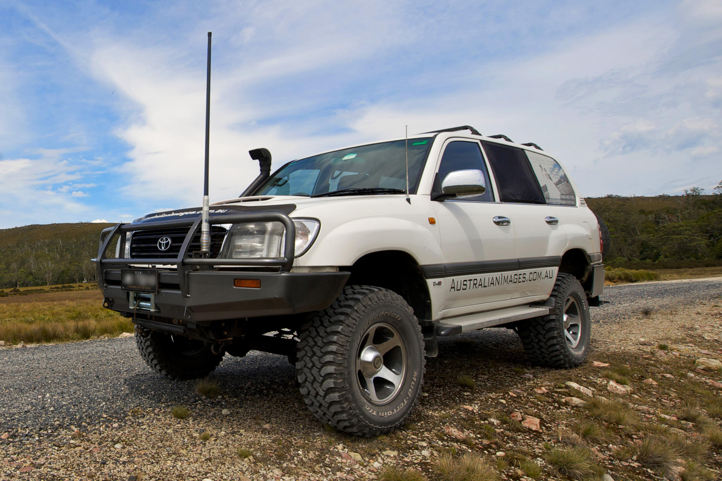 1994 Toyota Land cruiser 80 (j8) – pictures, information and specs