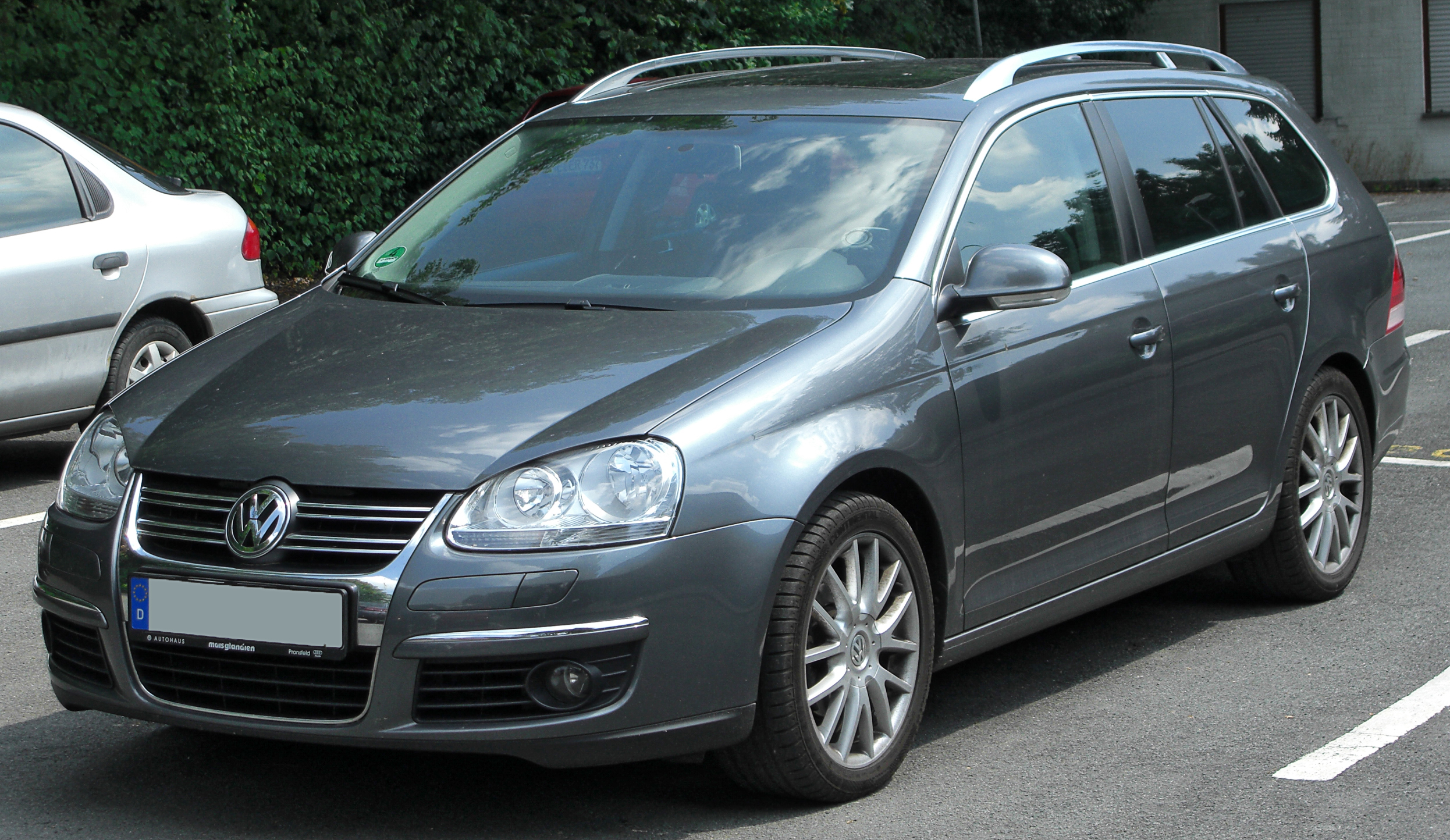 2011 volkswagen golf vi variant pictures information and specs auto. Black Bedroom Furniture Sets. Home Design Ideas