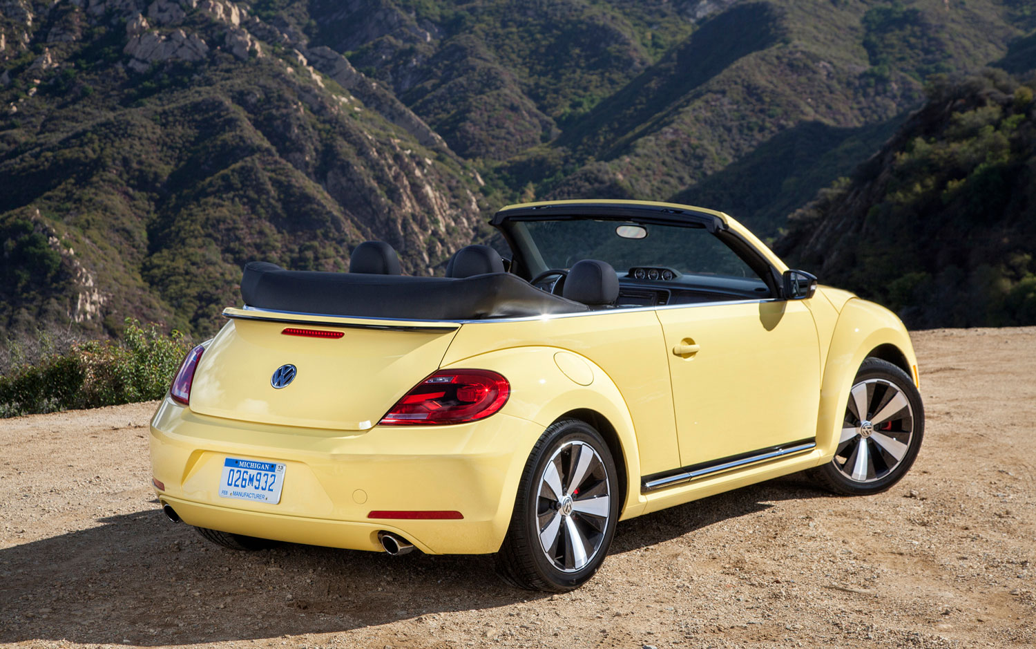 2014 volkswagen new beetle convertible pictures information and specs auto. Black Bedroom Furniture Sets. Home Design Ideas