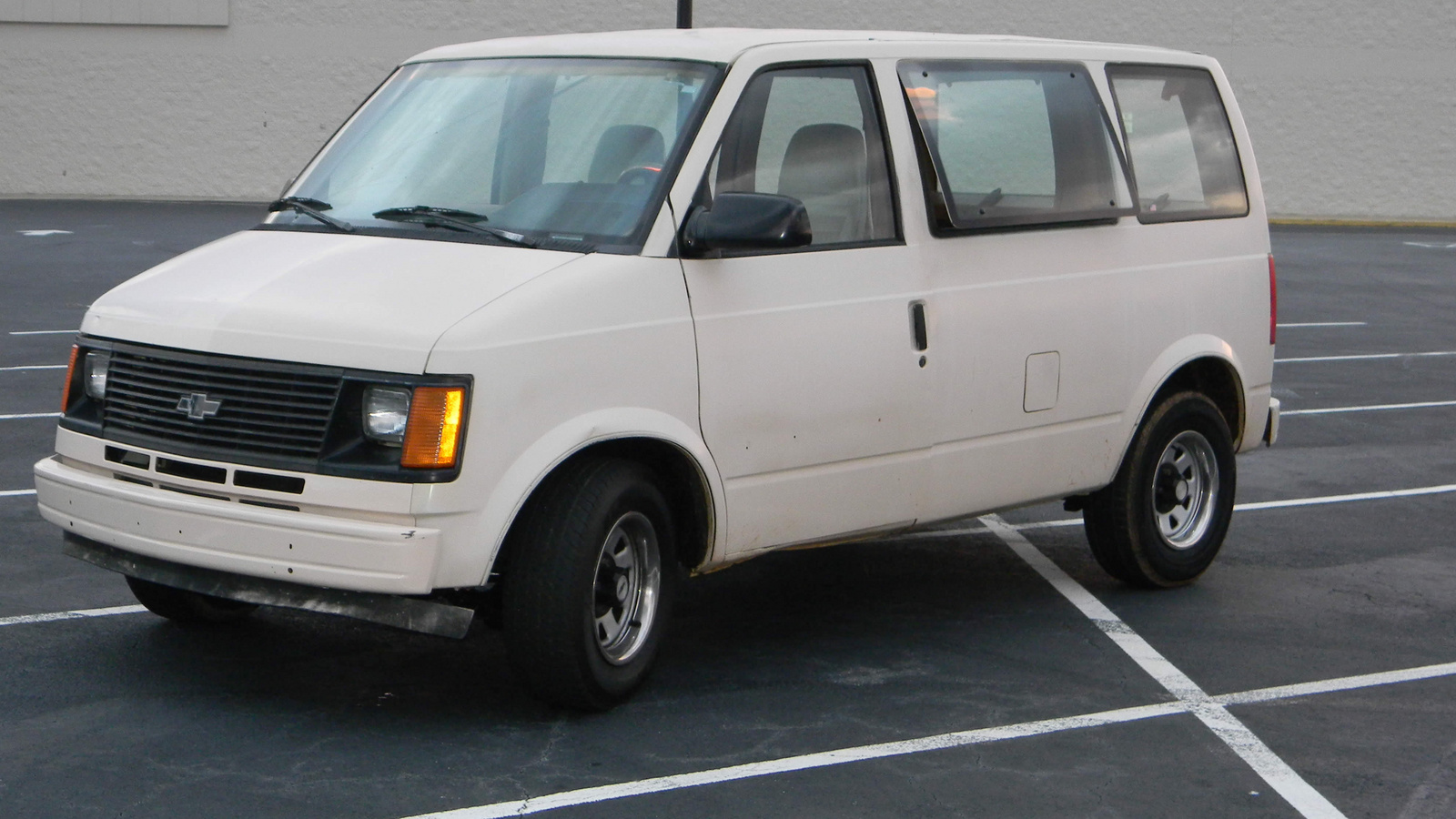 1990 Chevrolet Astro  U2013 Pictures  Information And Specs
