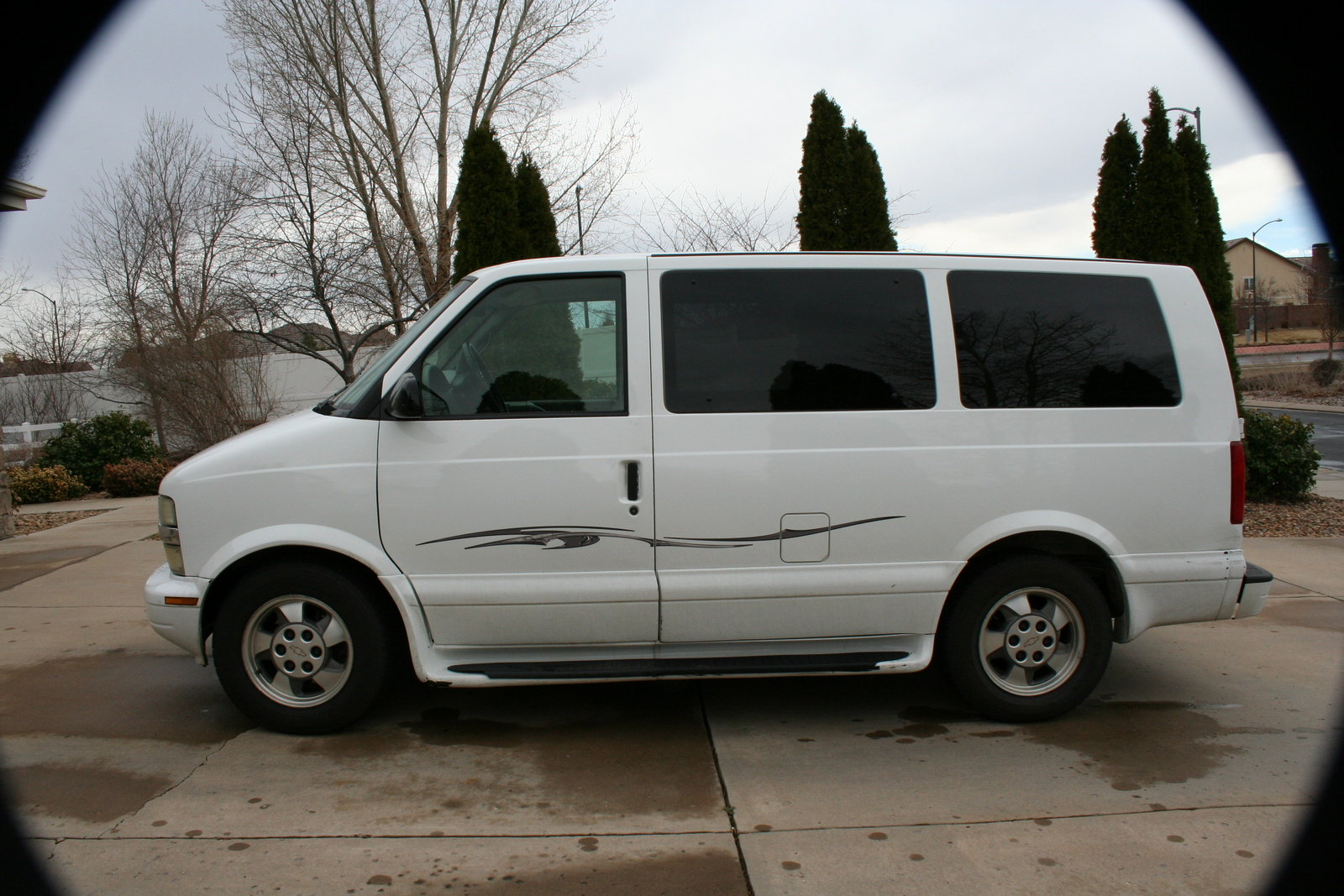 2003 chevrolet astro pictures information and specs. Black Bedroom Furniture Sets. Home Design Ideas