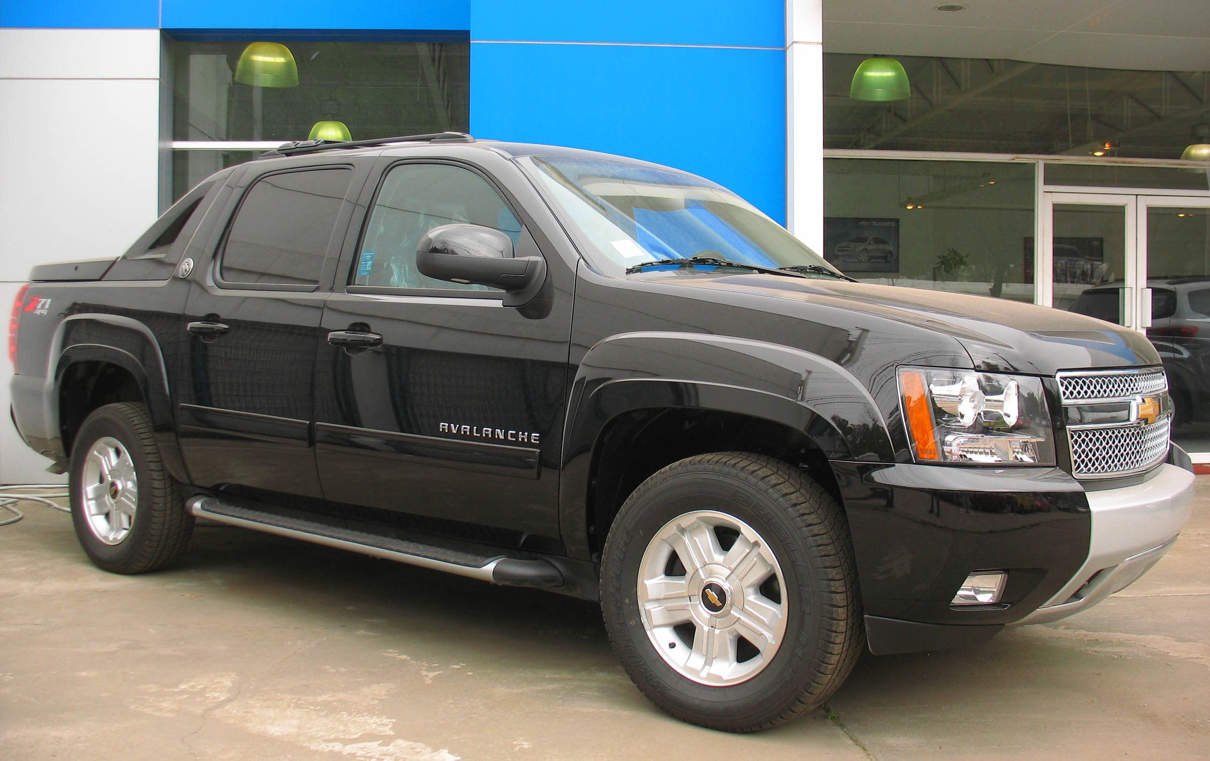 chevrolet avalanche pictures