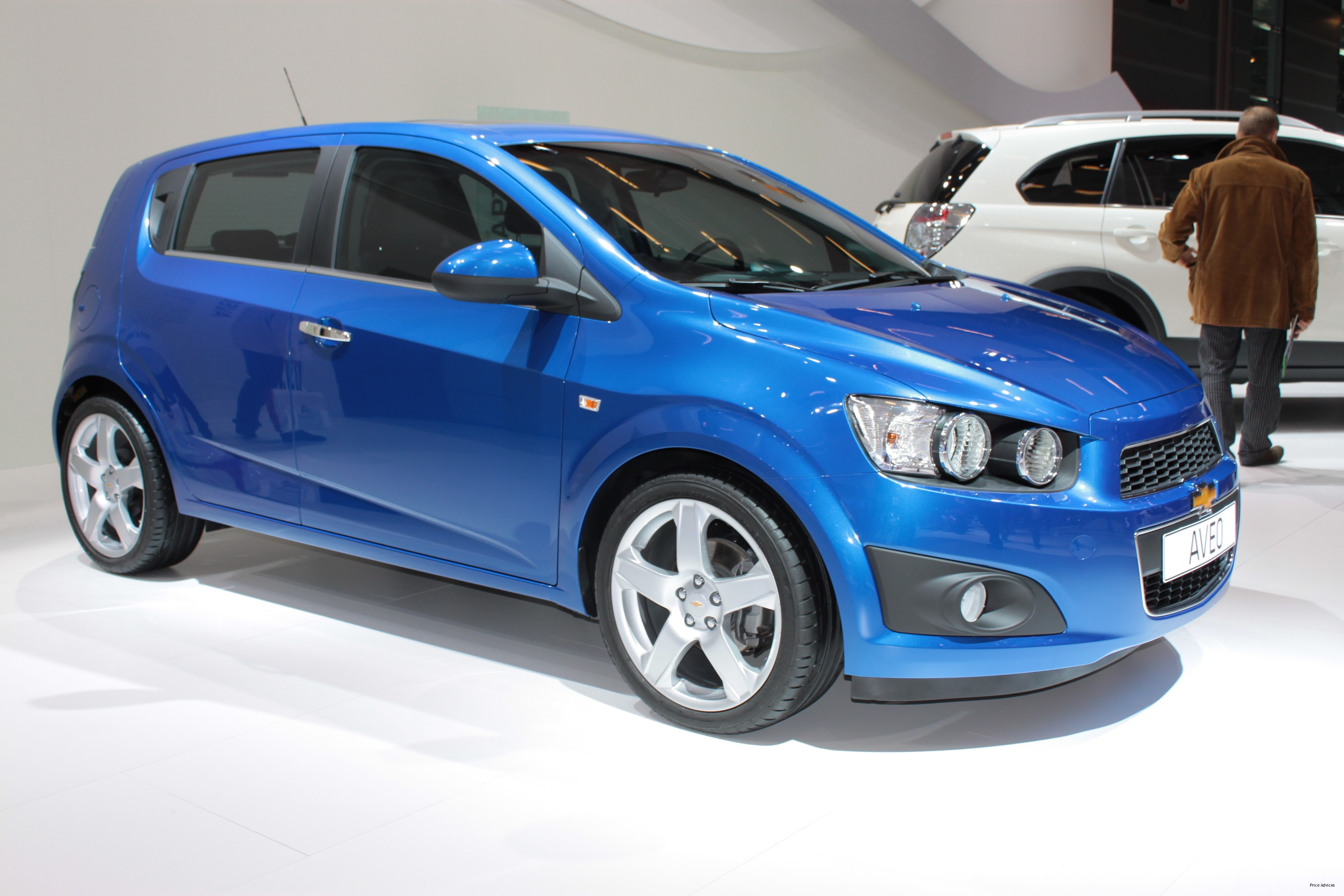 2016 Chevrolet Aveo – pictures, information and specs ...