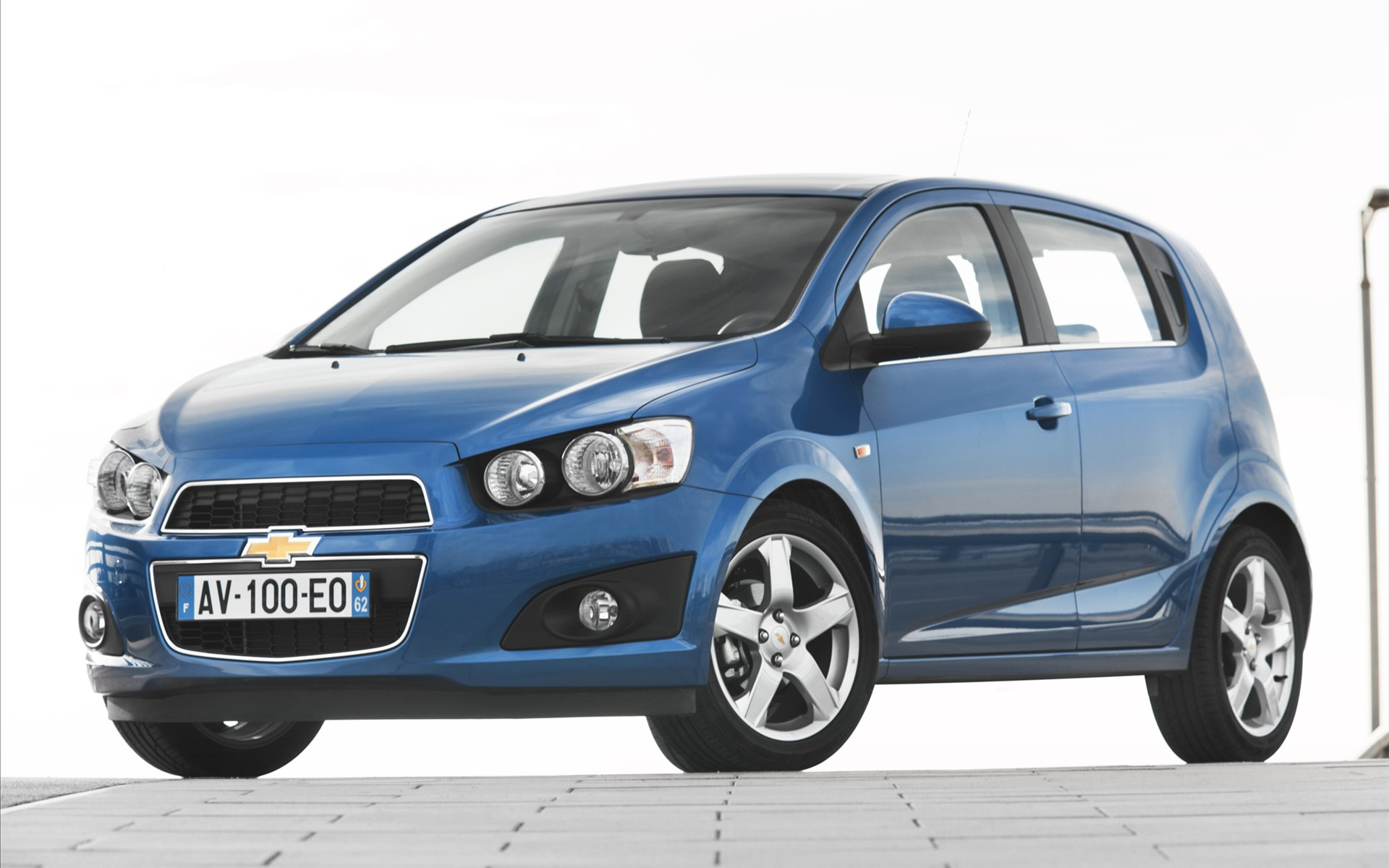 chevrolet aveo (ii) hatchback 2011 pictures #4