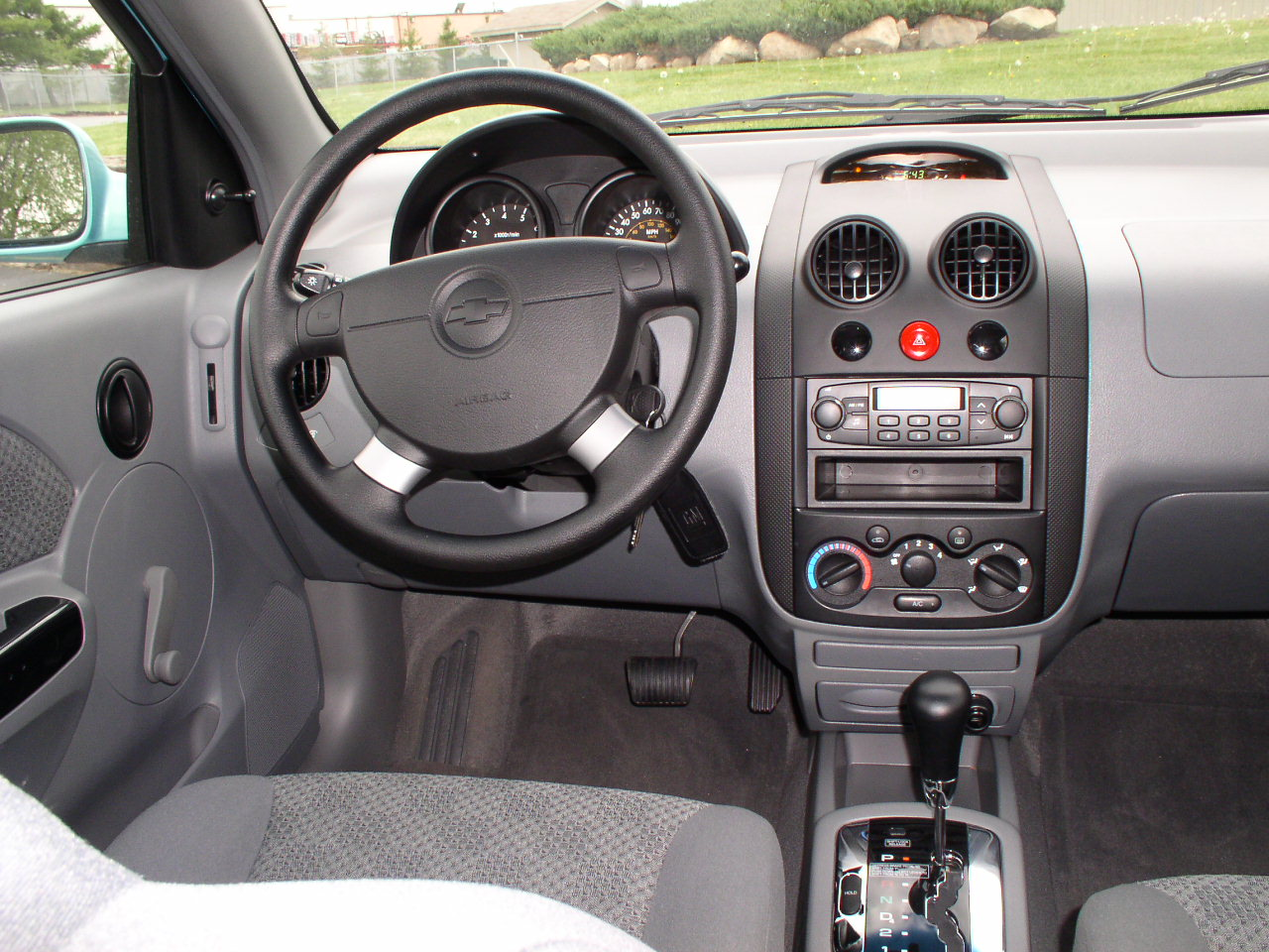 2005 Chevrolet Aveo Sedan Pictures Information And