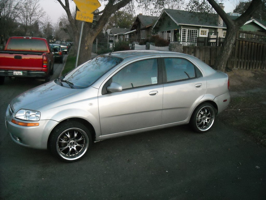 2005 Chevrolet Aveo sedan – pictures, information and specs - Auto ...