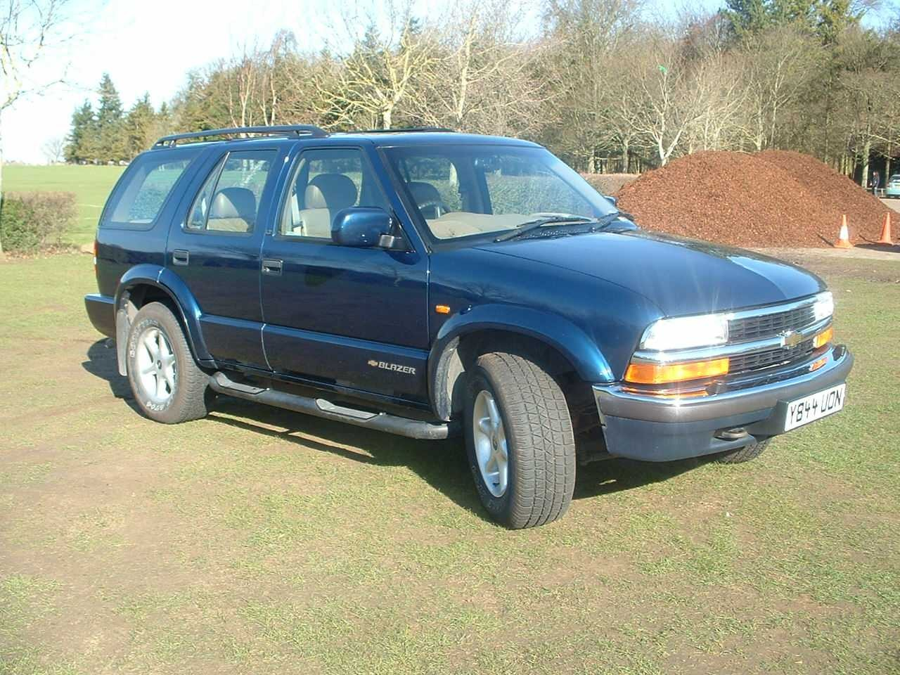 All Types  2001 Chevrolet Blazer  19s20s Car and Autos All