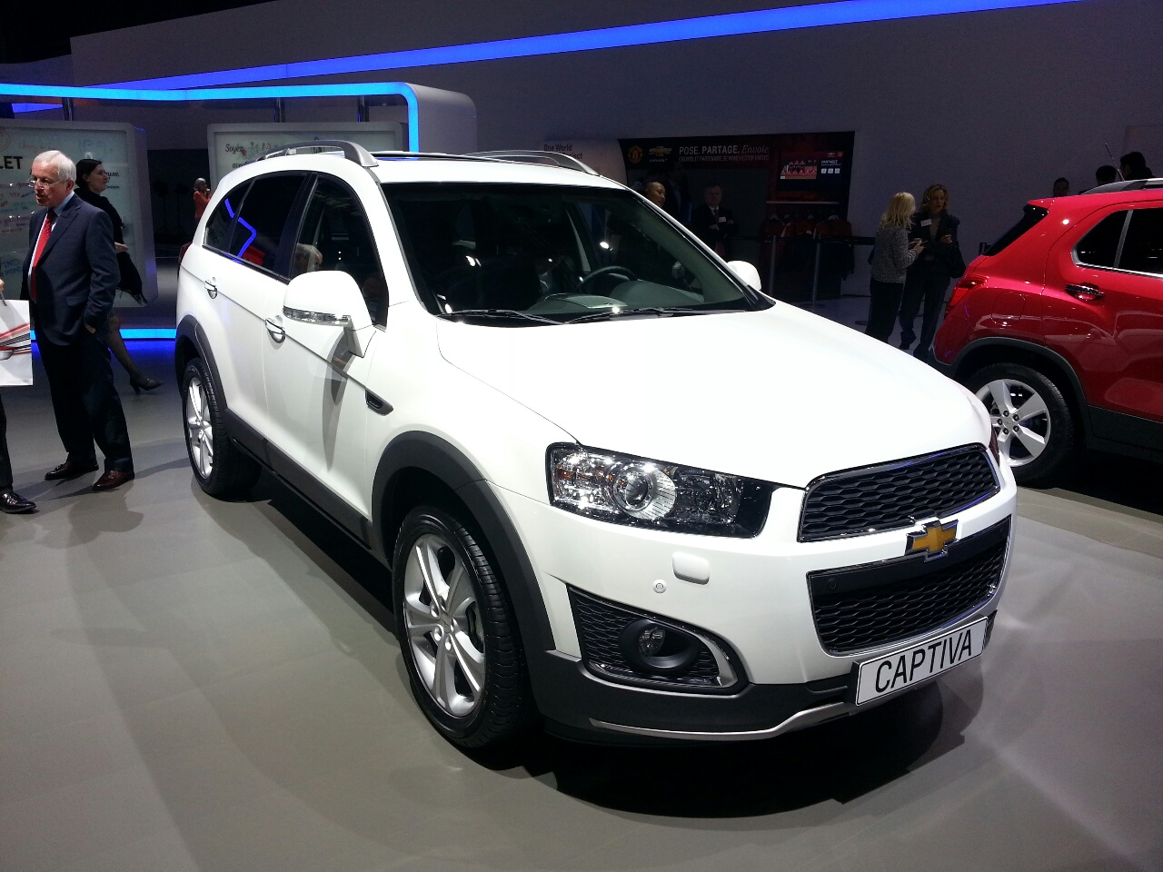 2013 chevrolet captiva pictures information and specs auto. Black Bedroom Furniture Sets. Home Design Ideas