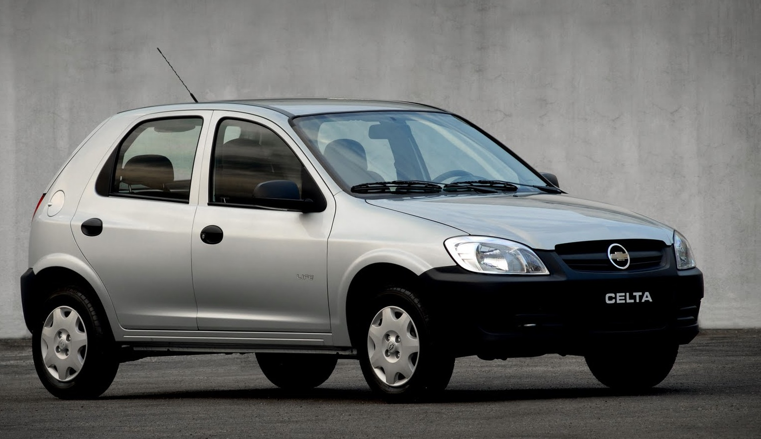 2005 Chevrolet Celta   pictures, information and specs - Auto