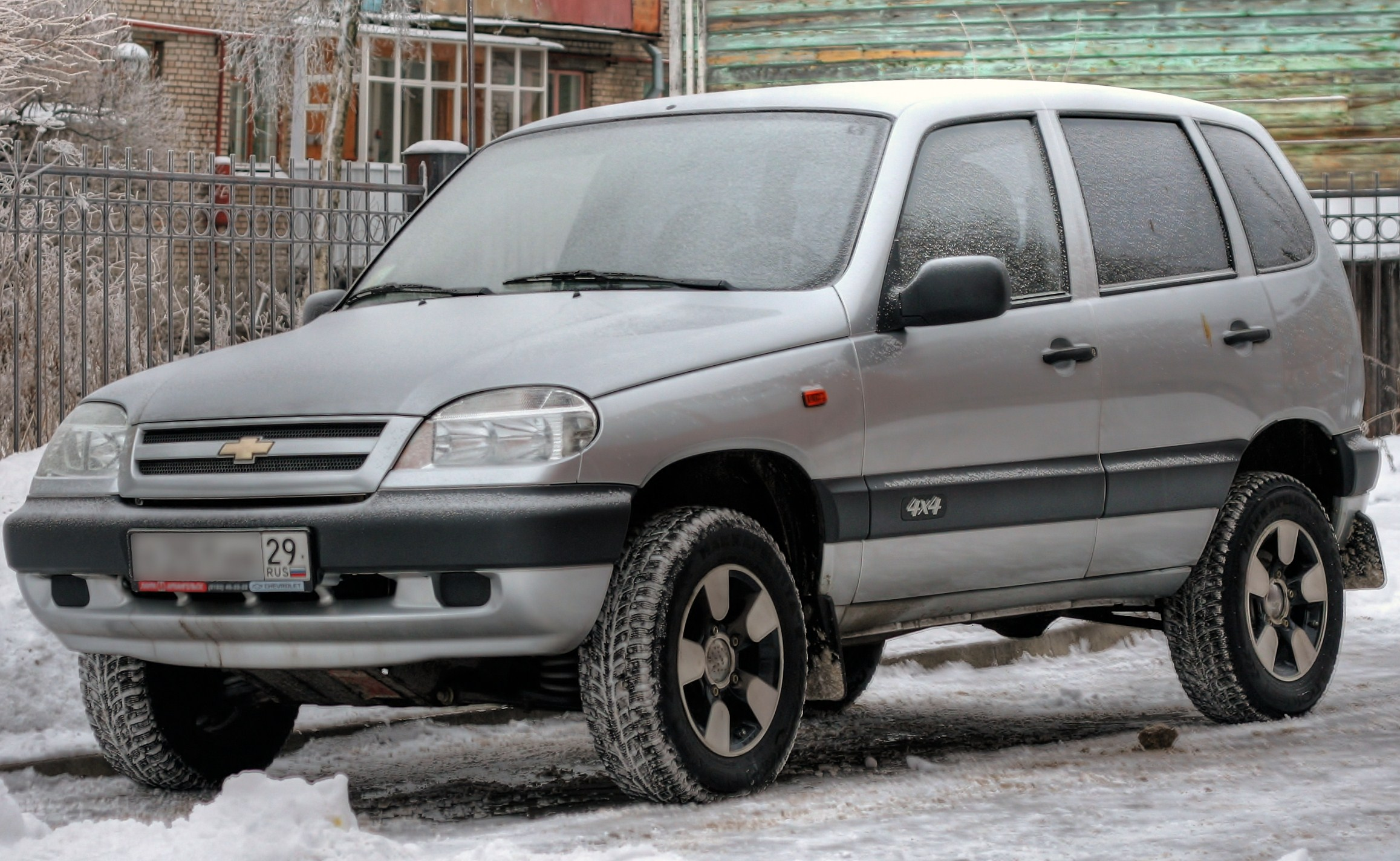 chevrolet niva pictures #1
