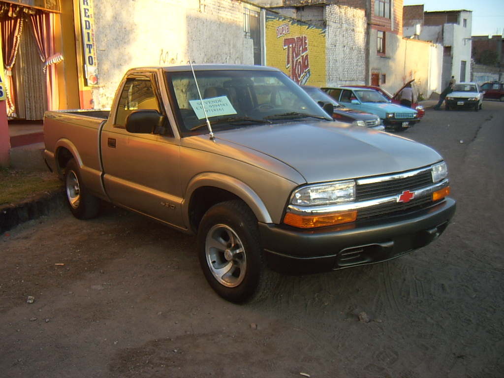 All Chevy 2002 chevrolet s10 : 2002 Chevrolet S-10 pickup – pictures, information and specs ...