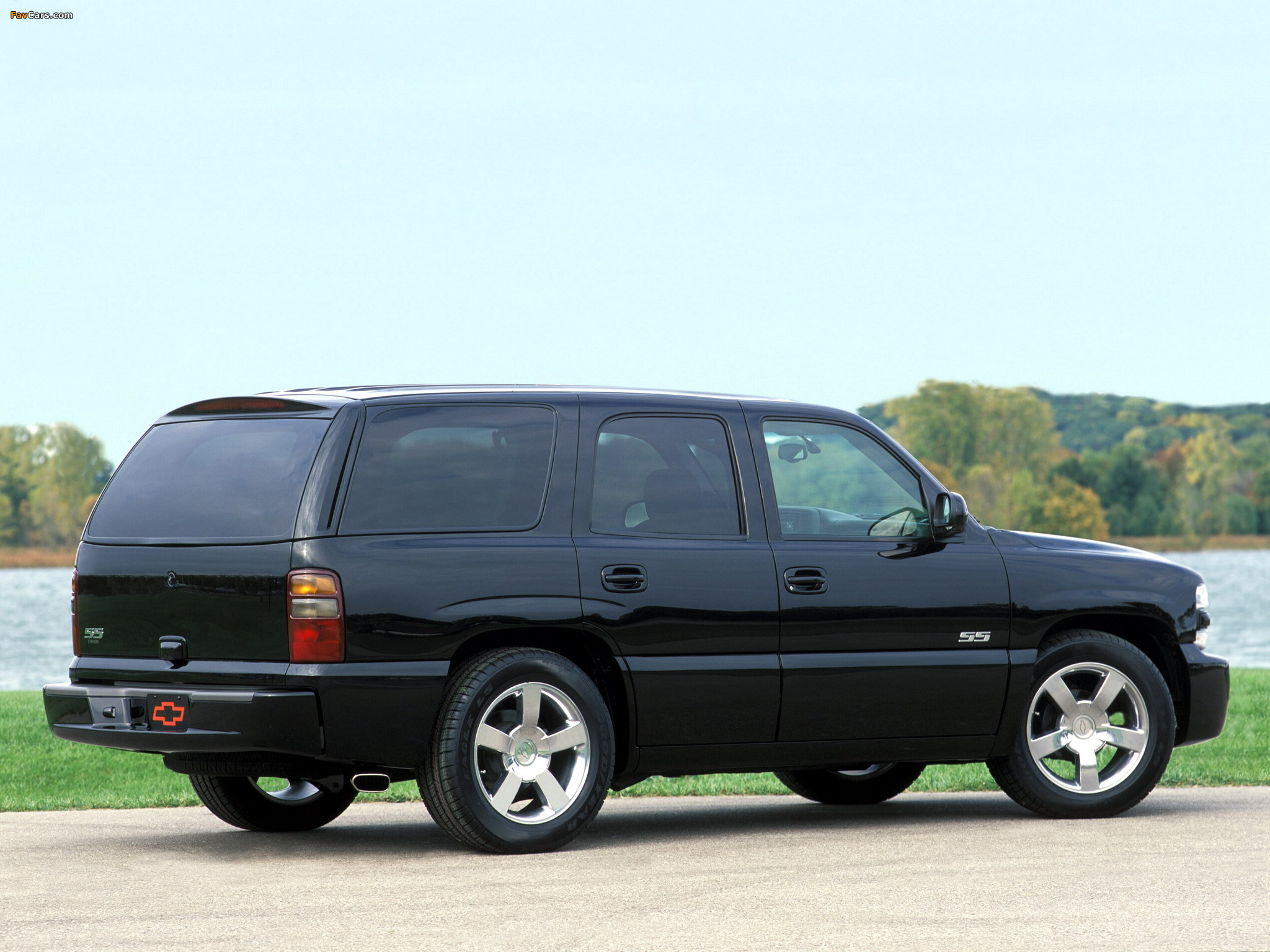 chevrolet tahoe (gmt840) 2002 images #2