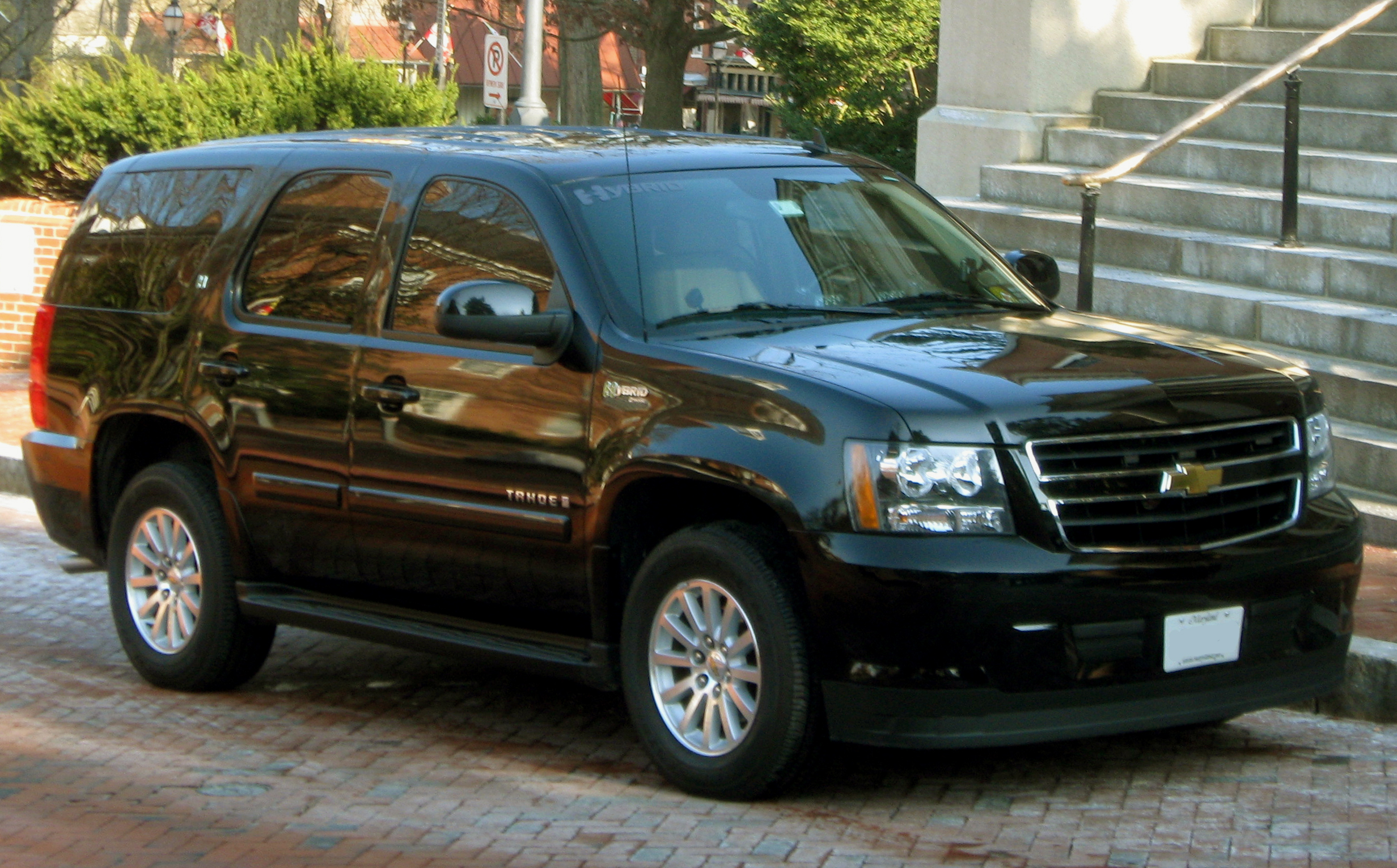 chevrolet tahoe pictures