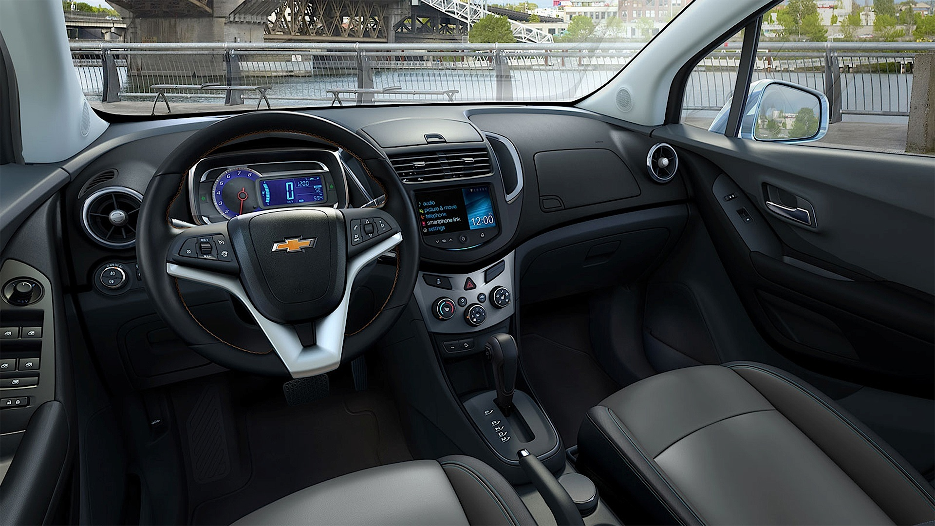 chevrolet tracker pictures #2