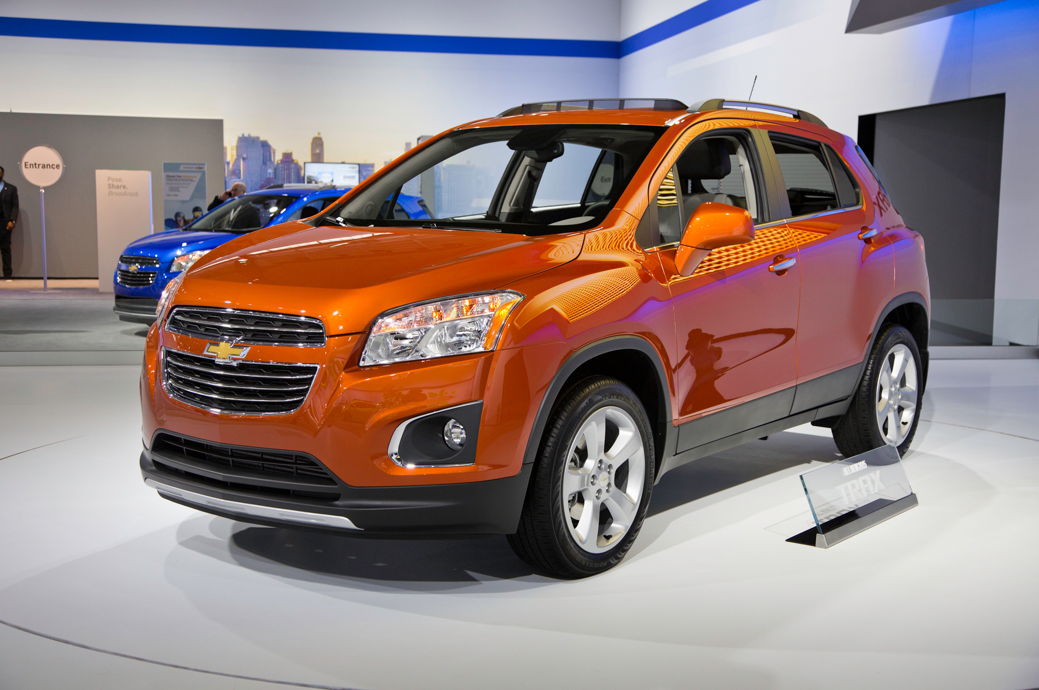 chevrolet trax images #3